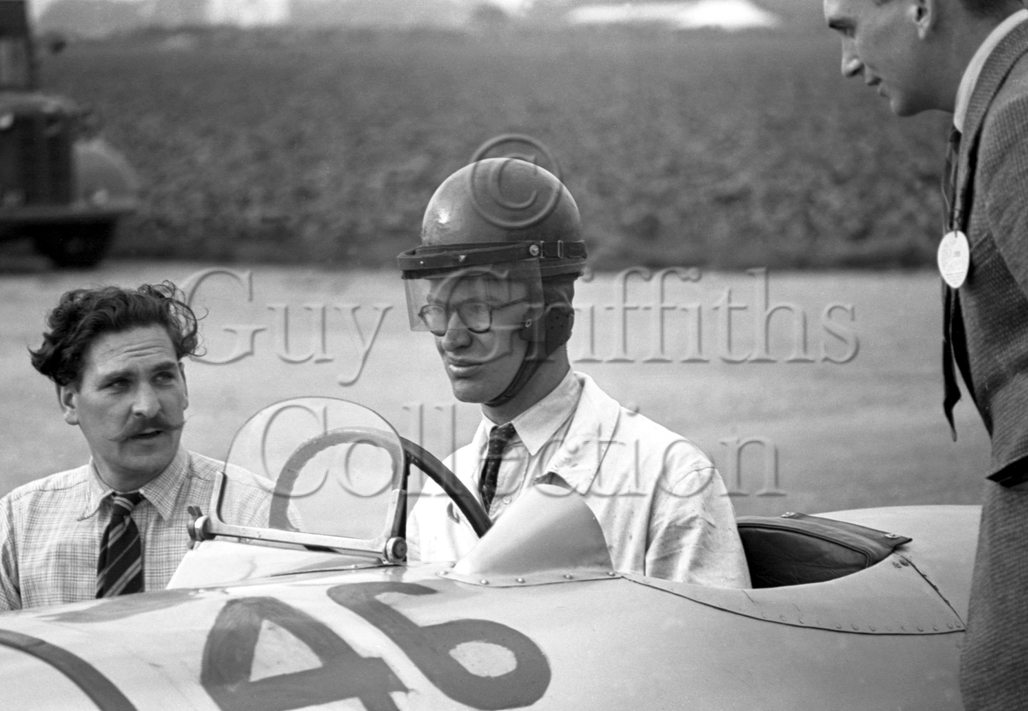 8-264–G-N-Richardson–ERA-Riley–Goodwood–18-09-1948.jpg - The Guy Griffiths Collection
