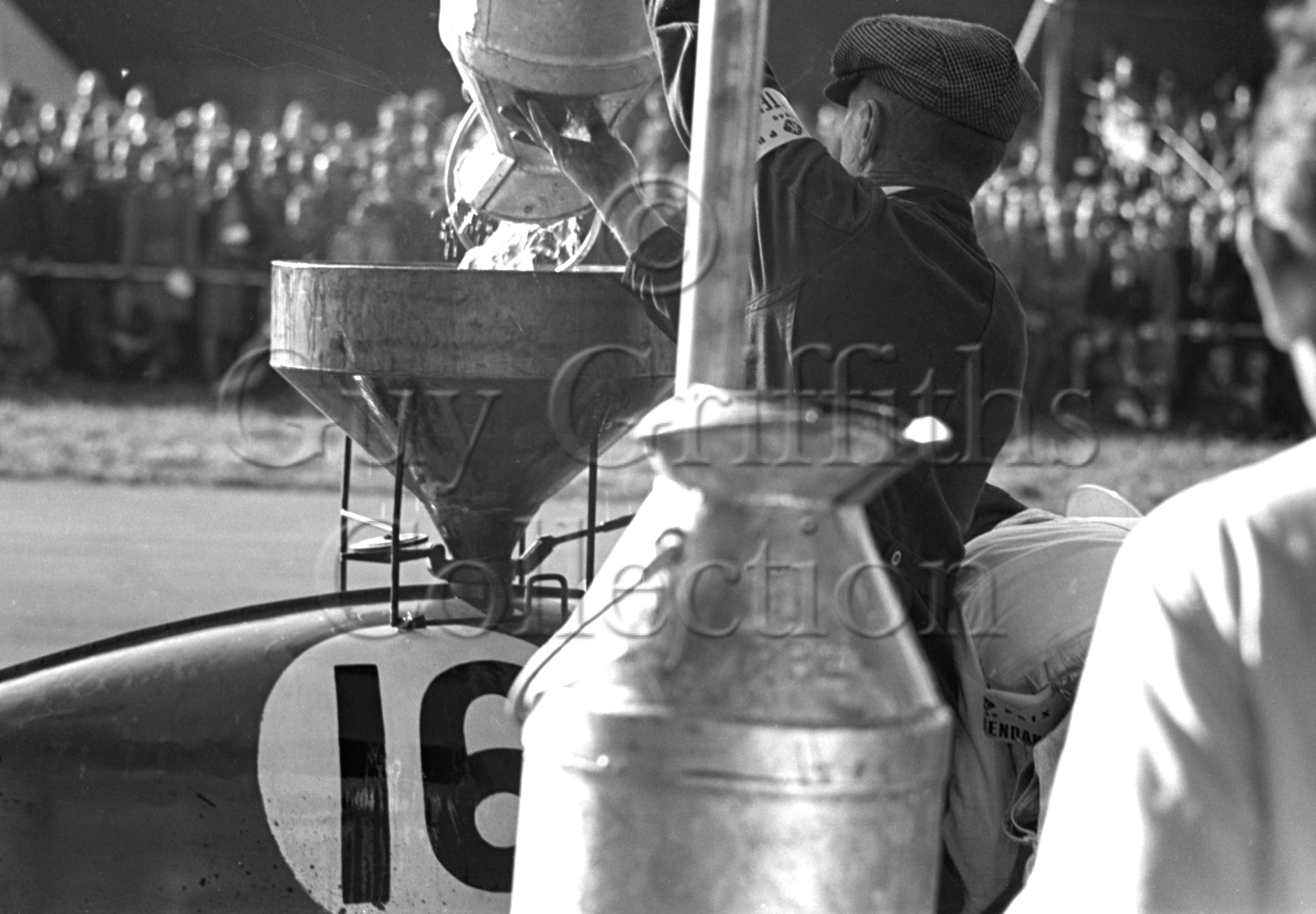 9-141–F-R-Gerrard–ERA–Silverstone–02-10-1948.jpg - The Guy Griffiths Collection