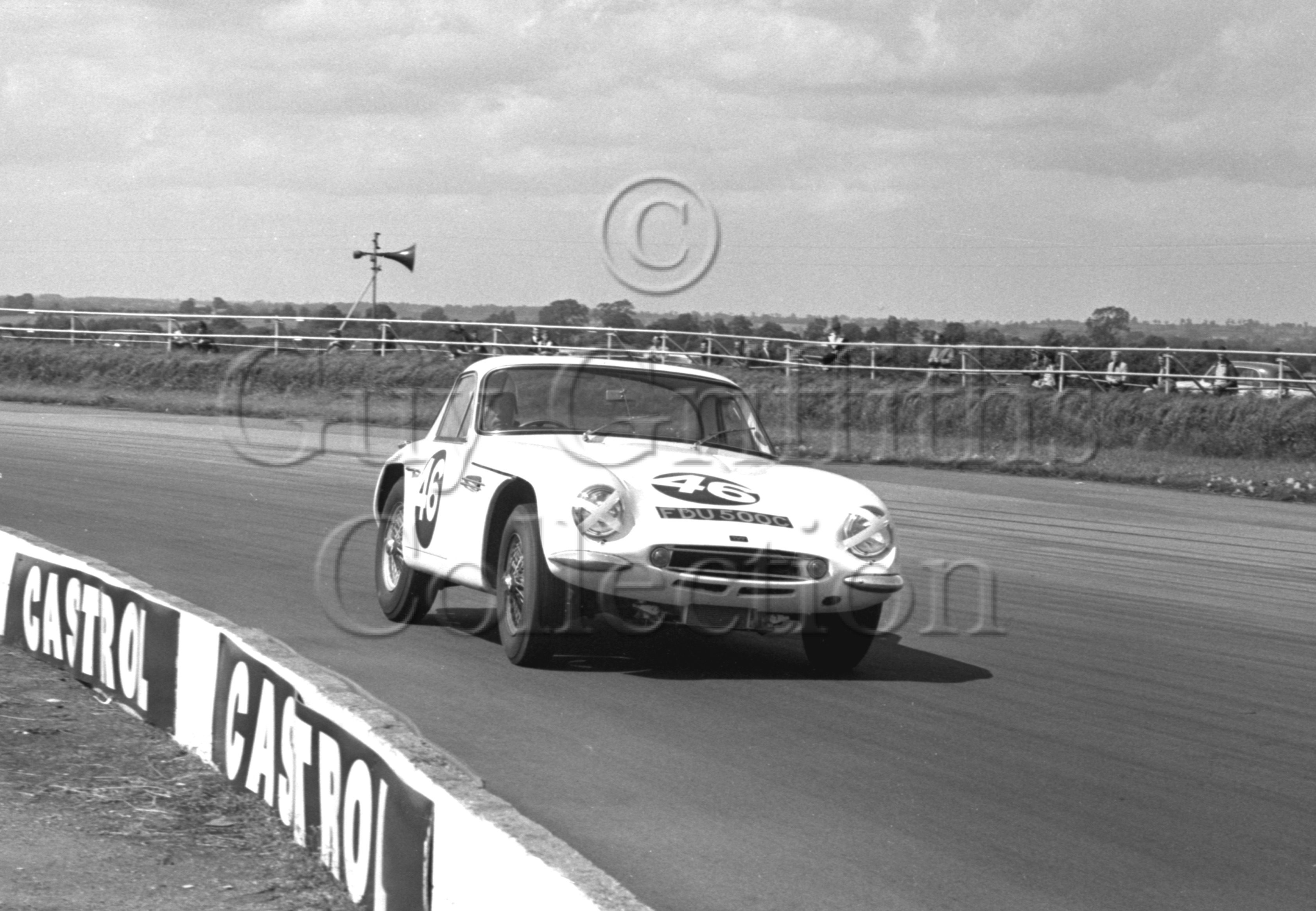 93-12–P-Simpson–TVR–Silverstone–24-07-1965.jpg - The Guy Griffiths Collection
