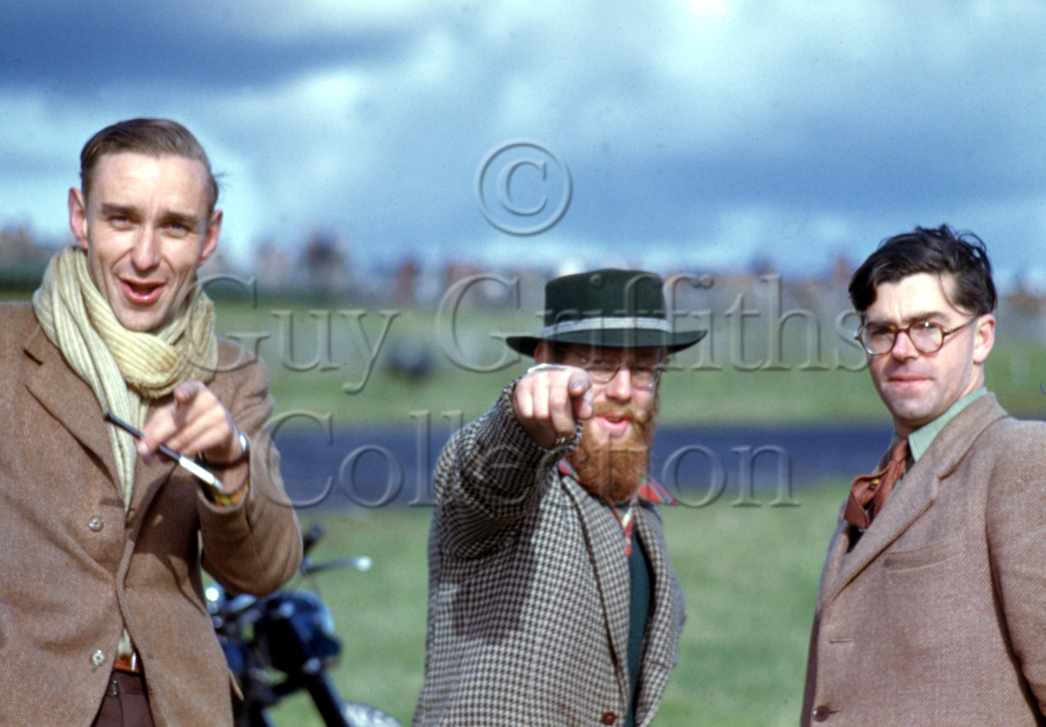 C-2-63–J-Cooper,–D-Jenkinson–and–W-Boddy–Brands-Hatch–14-10-1950.jpg - The Guy Griffiths Collection