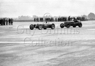 01-625–R-Parnell–Delage–Gransden-Lodge–15-06-1946.jpg - The Guy Griffiths Collection