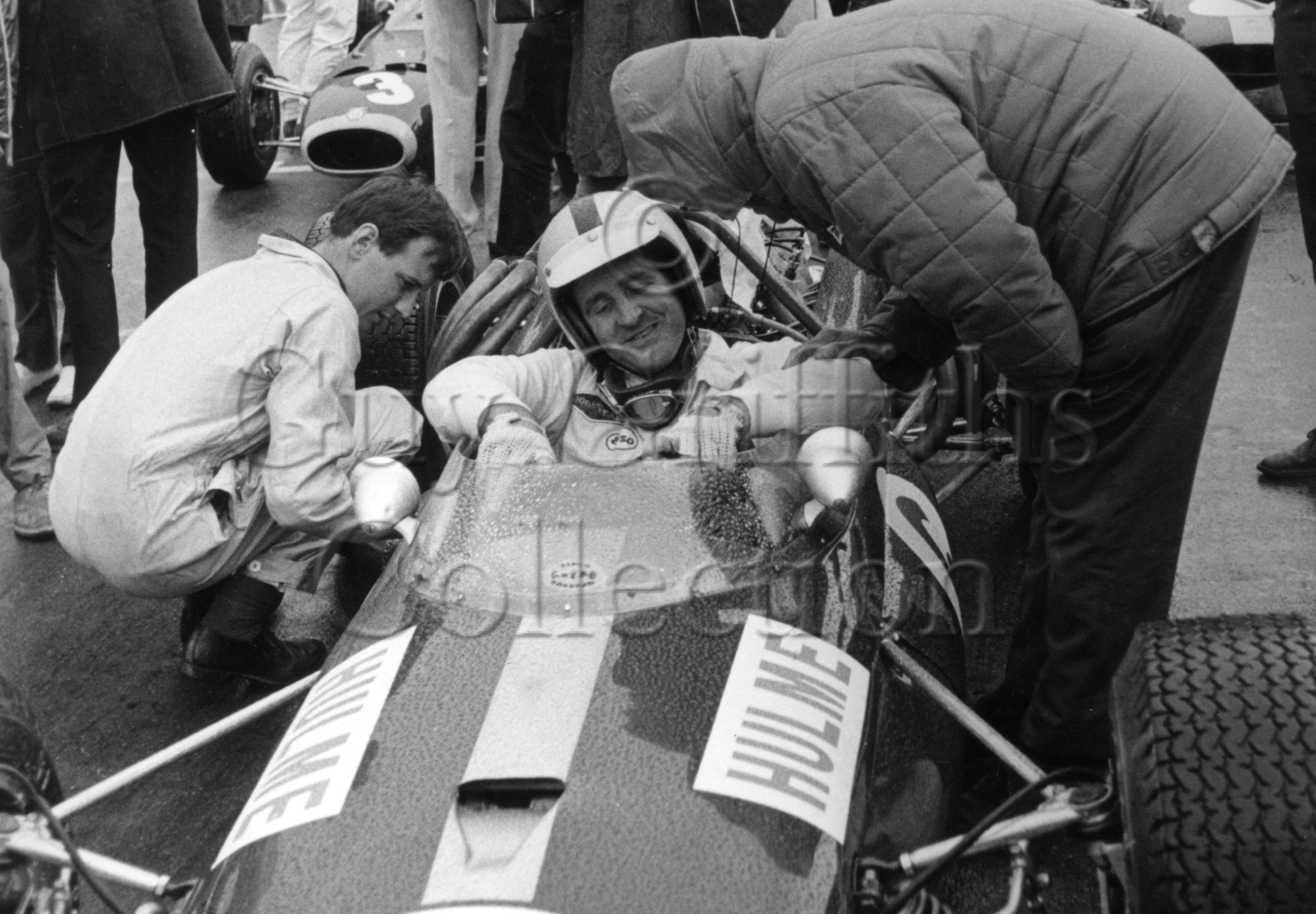 100-661–Denis-Hulme–Brabham—Brands-Hatch–16-07-1966.jpg - The Guy Griffiths Collection