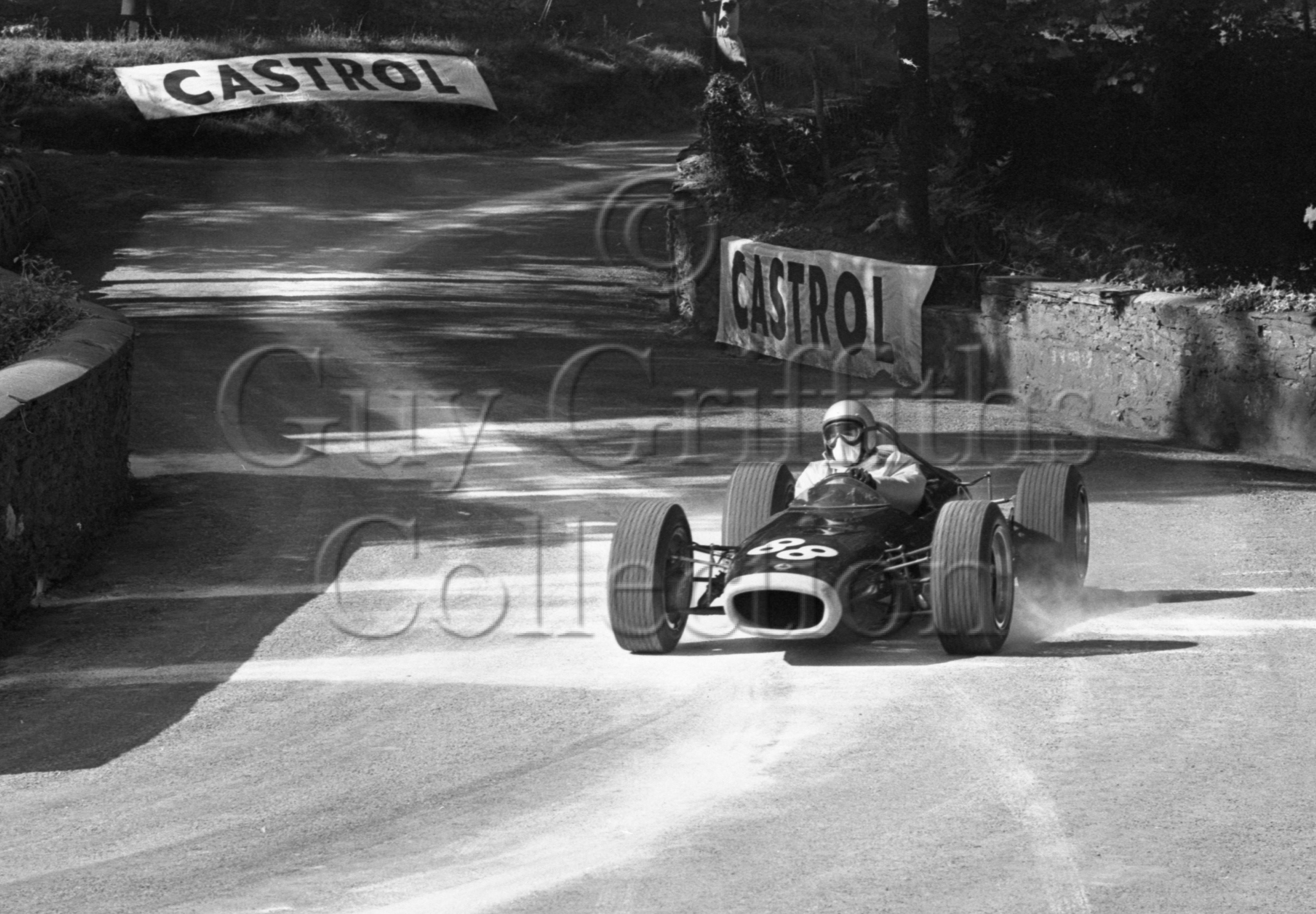109-163–P-Lawson–BRM–Tholt-y-Will–23-06-1968.jpg - The Guy Griffiths Collection