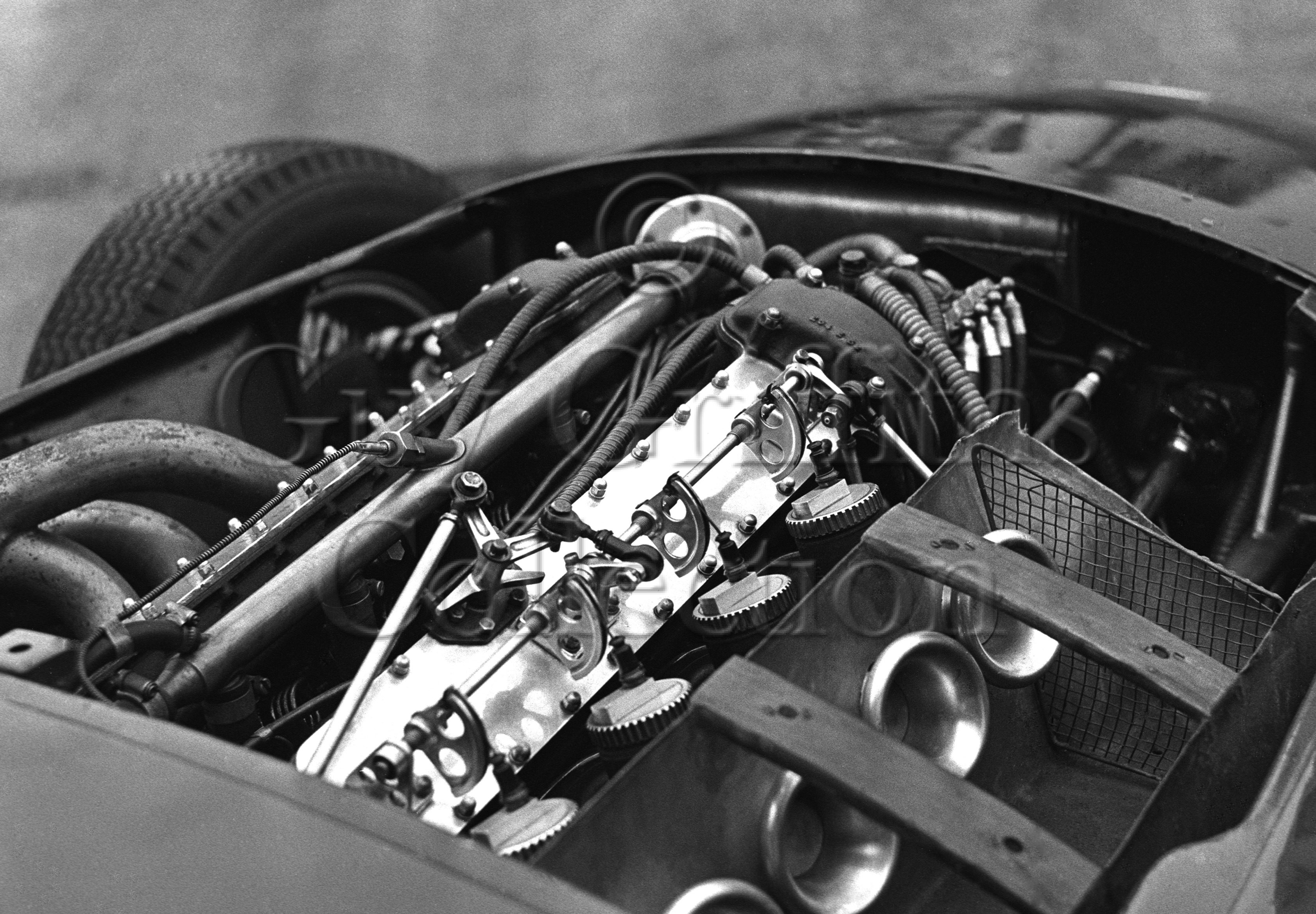 113-856–Vanwall-engine–Vanwall-factory–20-11-1968.jpg - The Guy Griffiths Collection