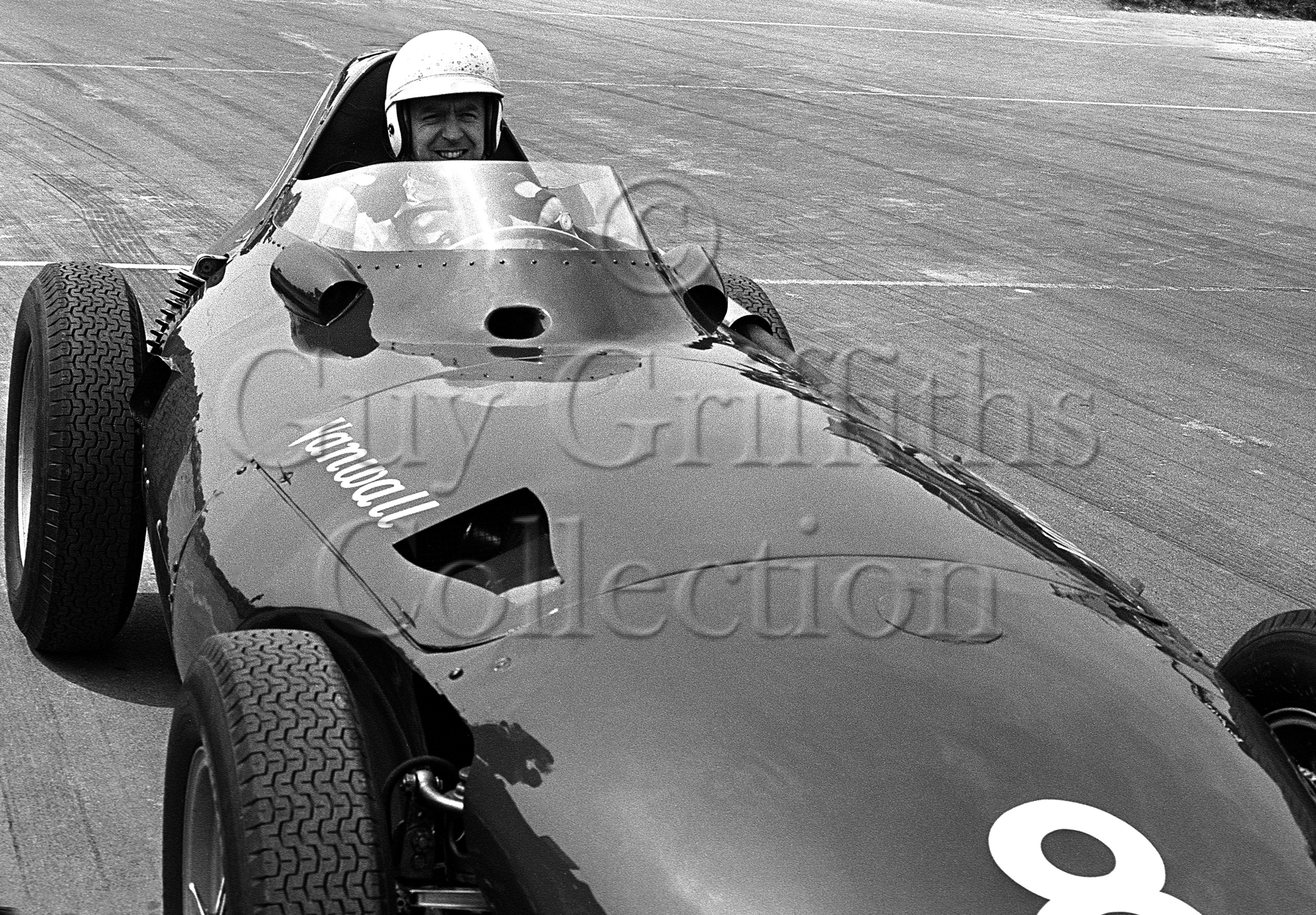 119-584–T-Brooks–Vanwall–Silverstone–15-06-1969.jpg - The Guy Griffiths Collection