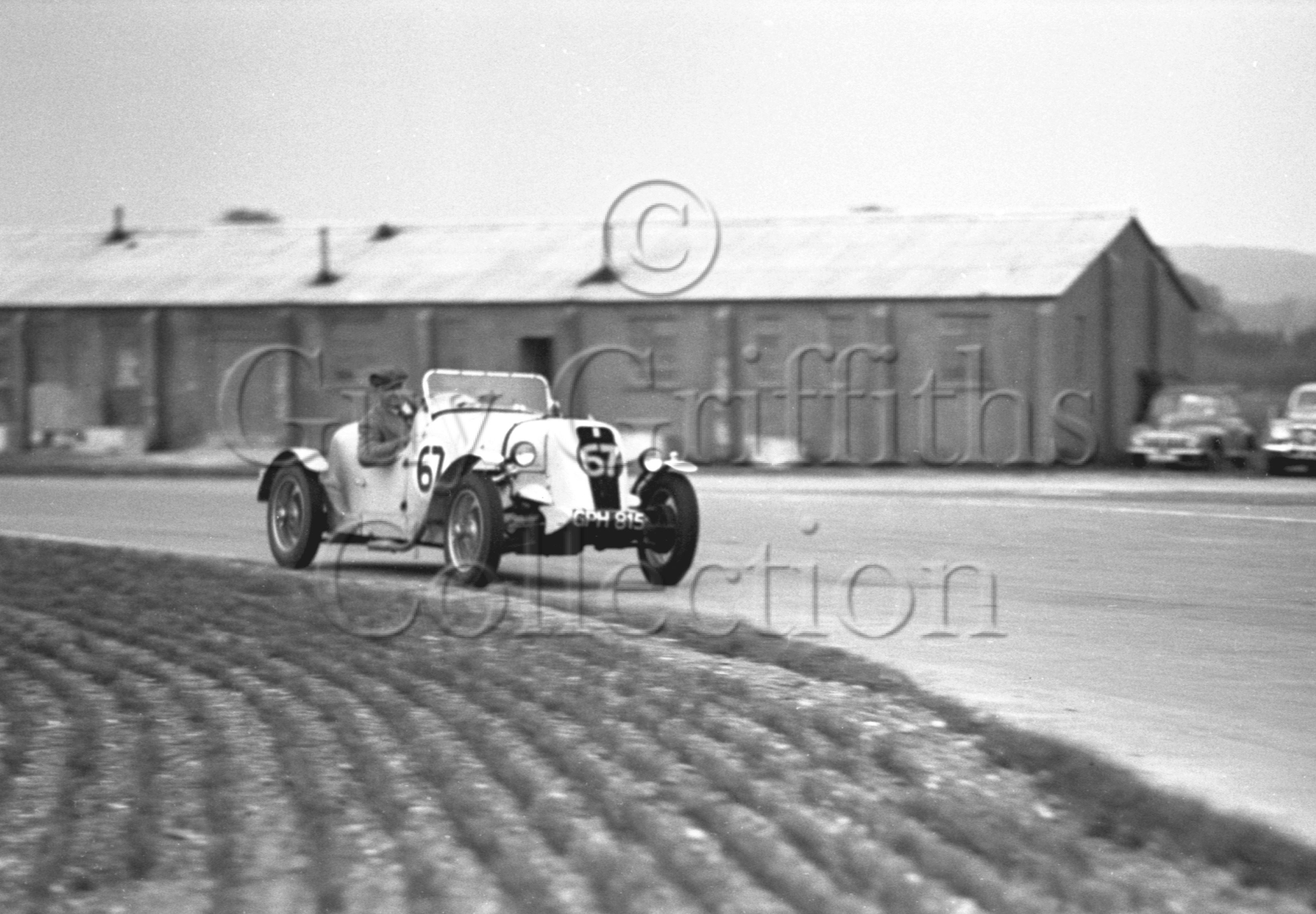 29-153–K-Rolfe–Fiat–Goodwood–06-05-1950.jpg - The Guy Griffiths Collection