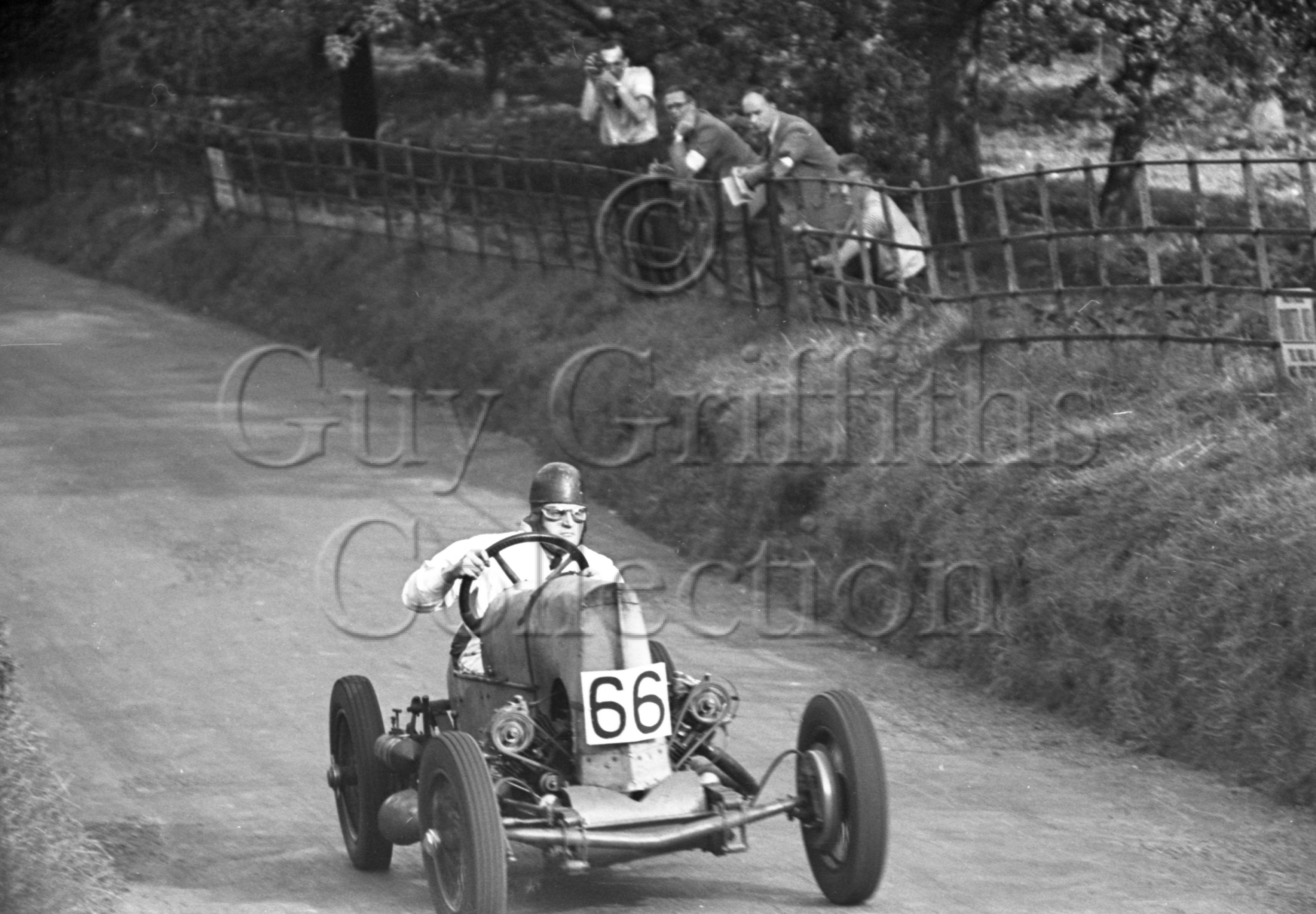 8-303–B-Davenport–GN-Spider–Shelsley–25-09-1948.jpg - Guy Griffiths Collection