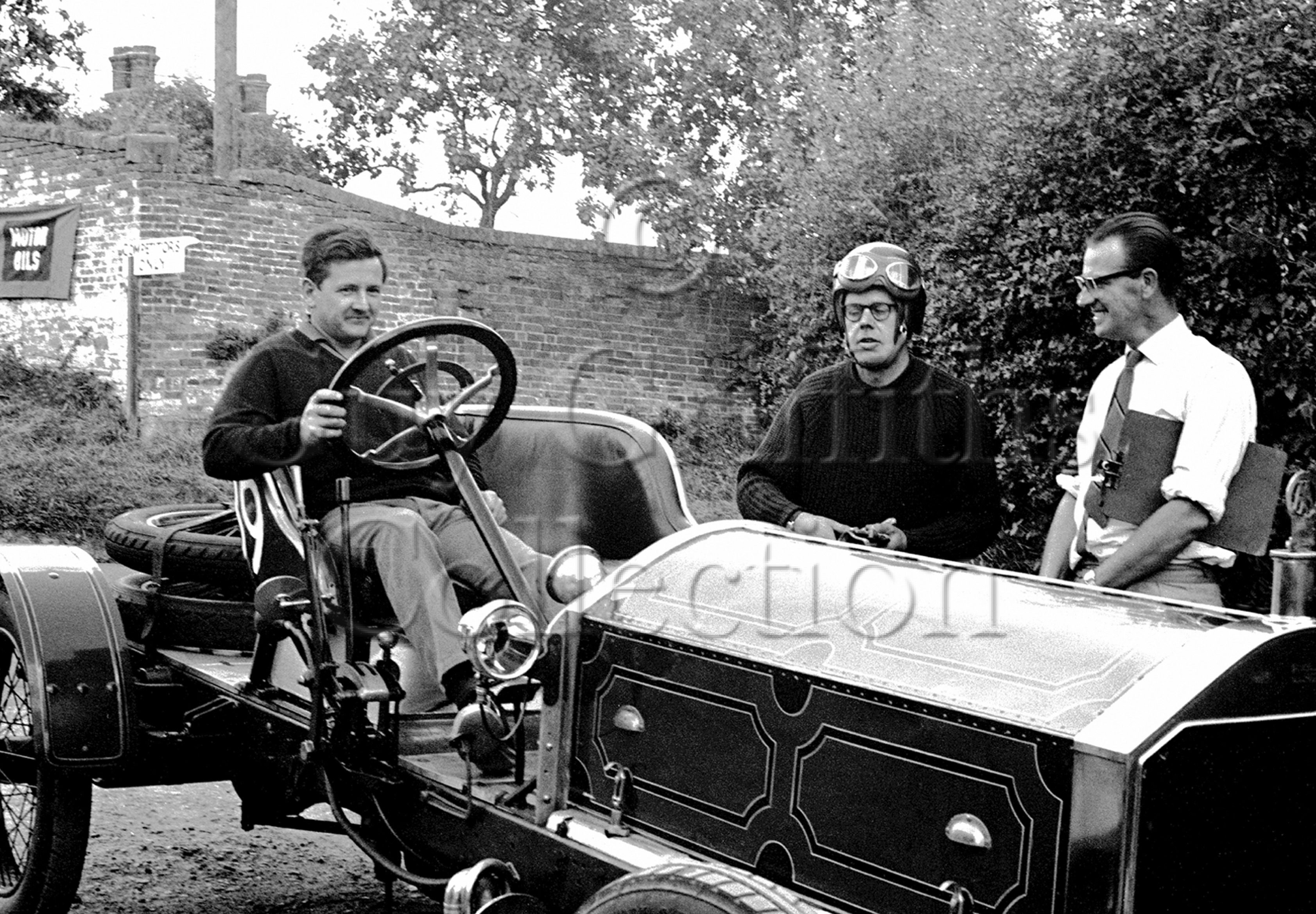 86-264–T-Marsh–R-Barker–Napier–Shelsley-Walsh–08-06-1964.jpg - Guy Griffiths Collection