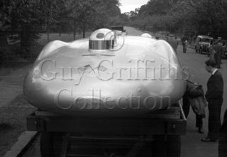 01-914–Railton-Mobil-Special–Regents-Park–29-07-1946.jpg - Guy Griffiths Collection