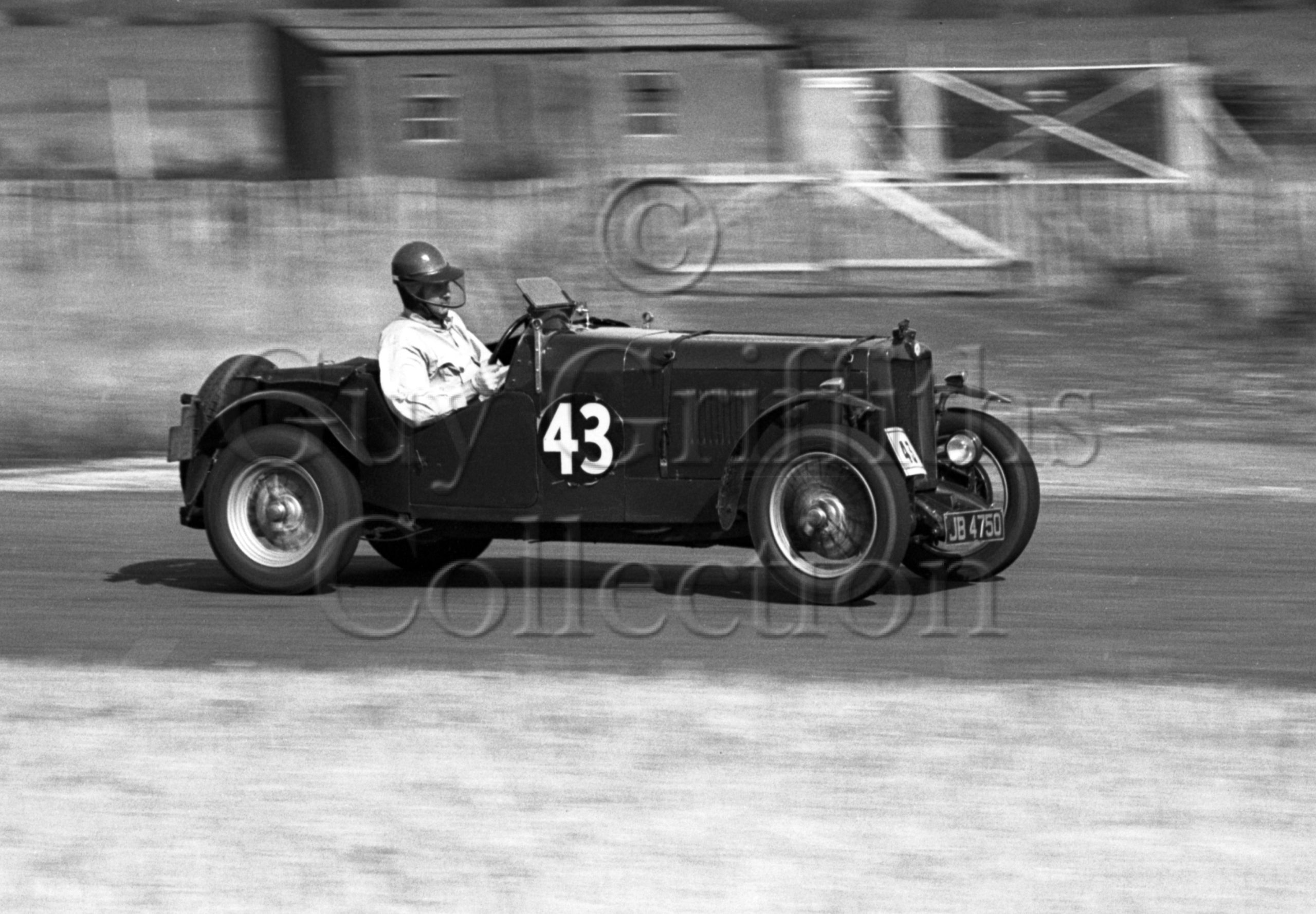 20-703–T-W-Dargue–MG–Goodwood–13-08-1949.jpg - Guy Griffiths Collection