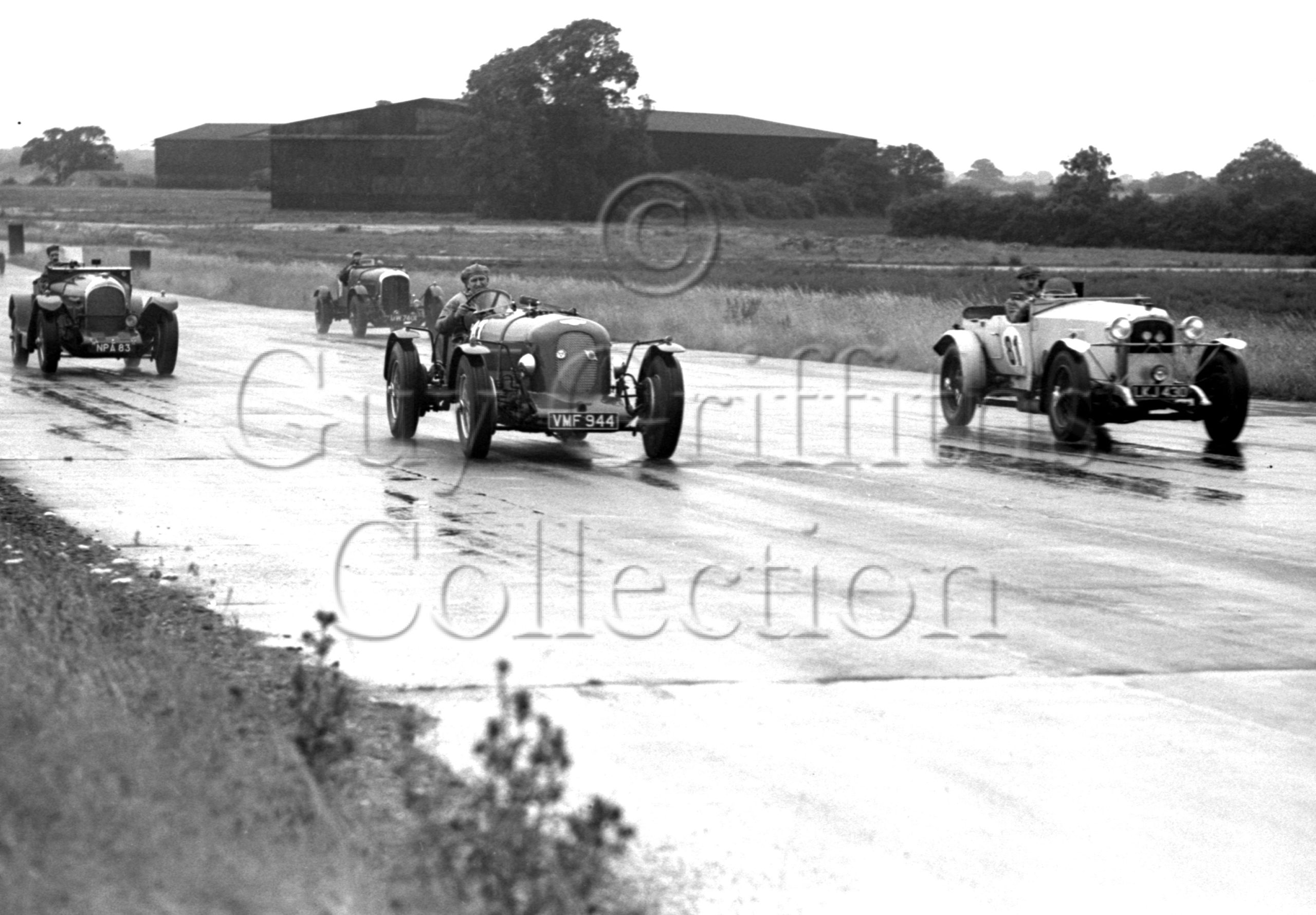 33-624–S-J-Lawrence–Bentley–Silverstone–15-07-1950.jpg - Guy Griffiths Collection