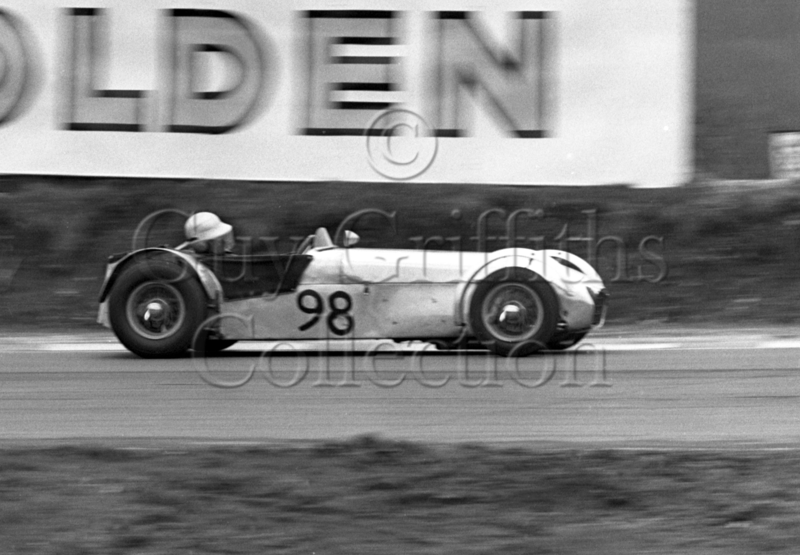 81-126–M-J-Crabtree–Lotus-Super-7–Brands-Hatch–12-04-1964.jpg - Guy Griffiths Collection