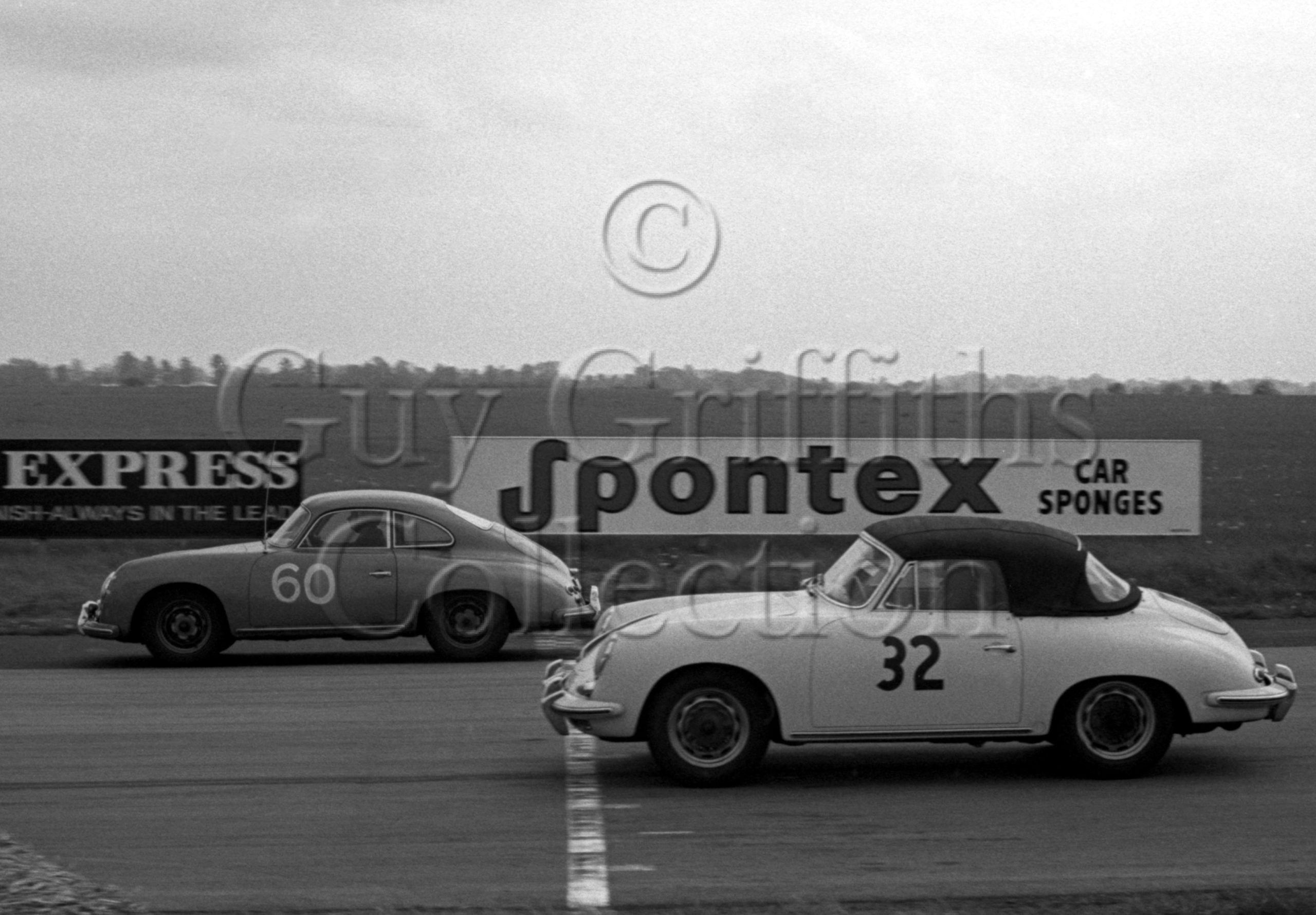 99-106–K-J-Lacey–Porsche–Castle-Combe–14-05-1966.jpg - Guy Griffiths Collection