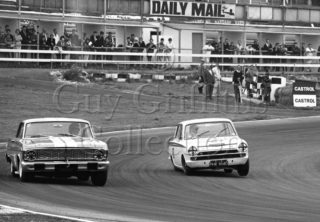 100-622–J-Whitmore–Lotus-Cortina–Brands-Hatch–16-07-1966.jpg - Guy Griffiths Collection