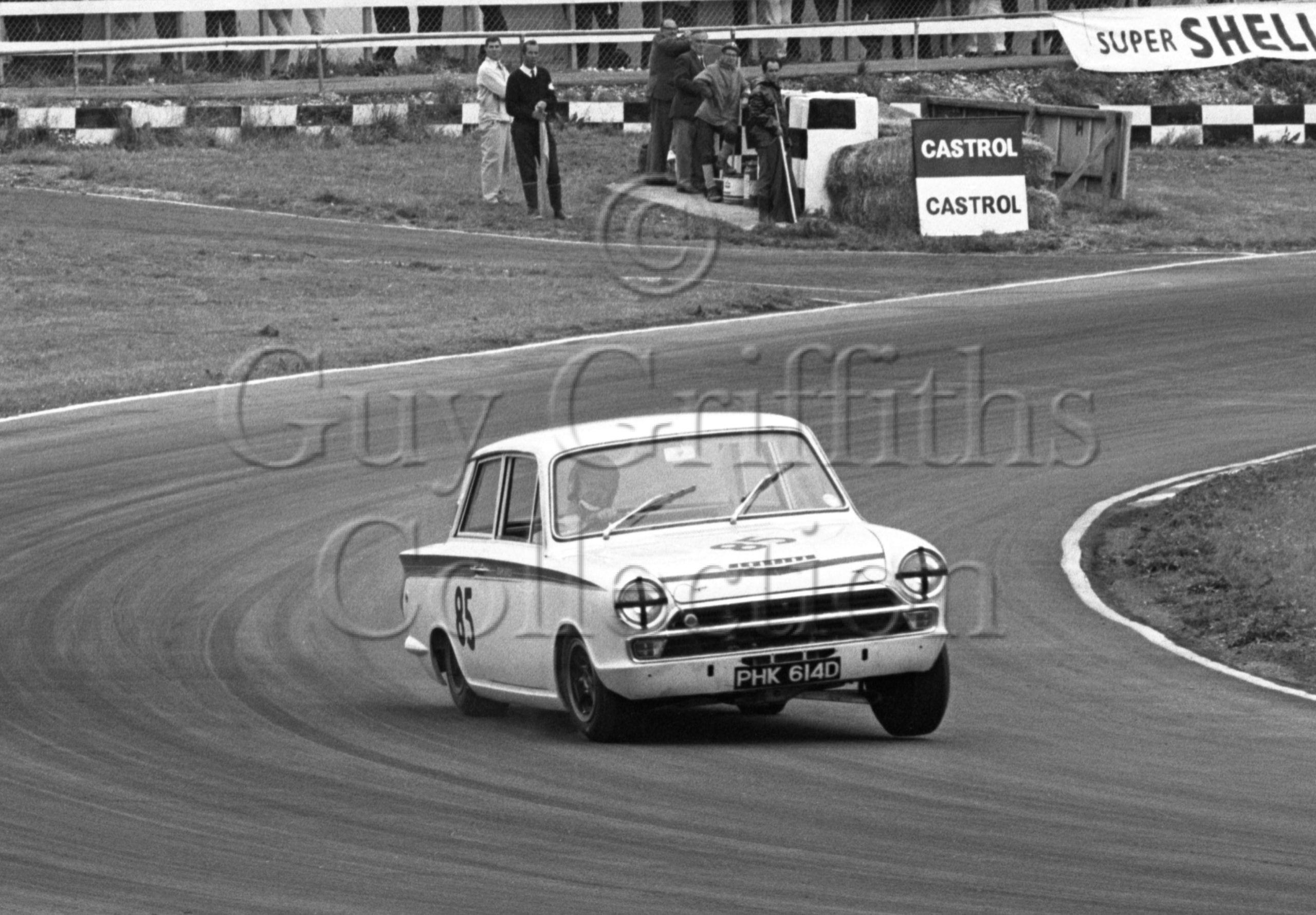 100-643–J-Whitmore–Lotus-Cortina–Brands-Hatch–16-07-1966.jpg - Guy Griffiths Collection