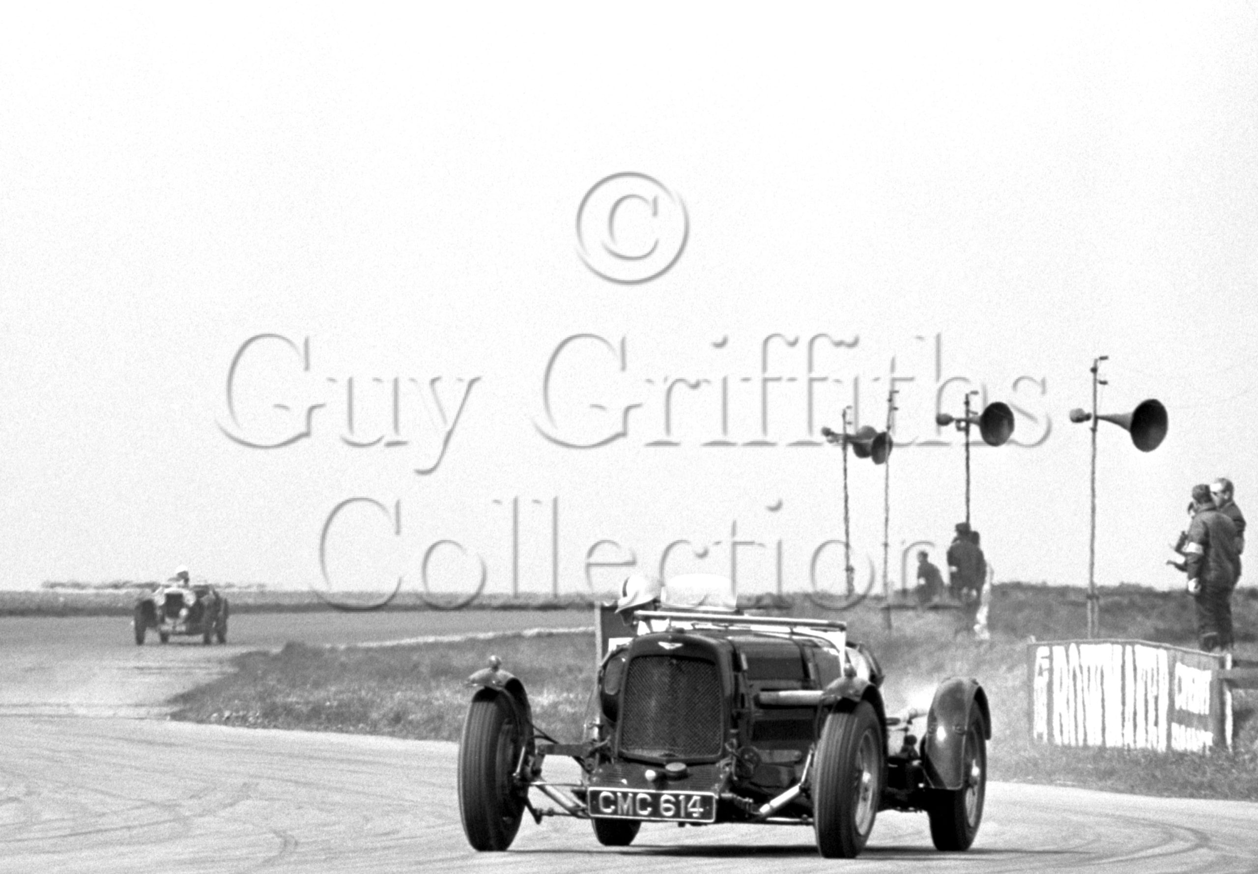 115-932–D-Edwards–Aston-Martin-CMC-614–Silverstone–19-04-1969.jpg - Guy Griffiths Collection