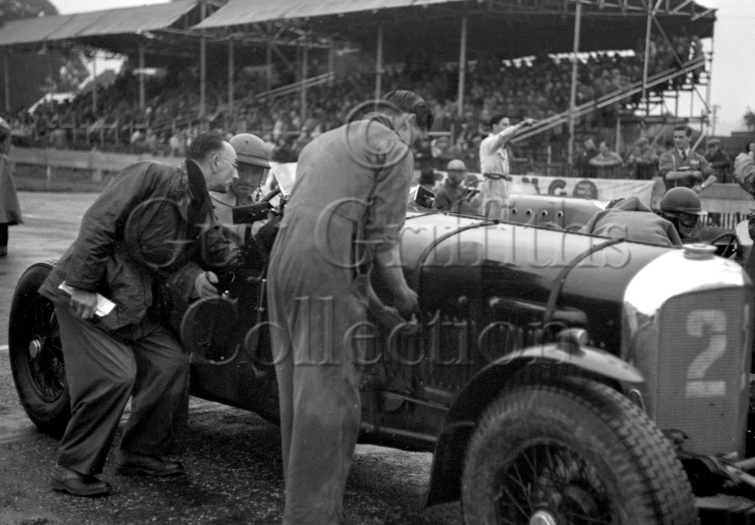37-772–L-Johnson–Bentley–Goodwood–30-09-1950.jpg - Guy Griffiths Collection