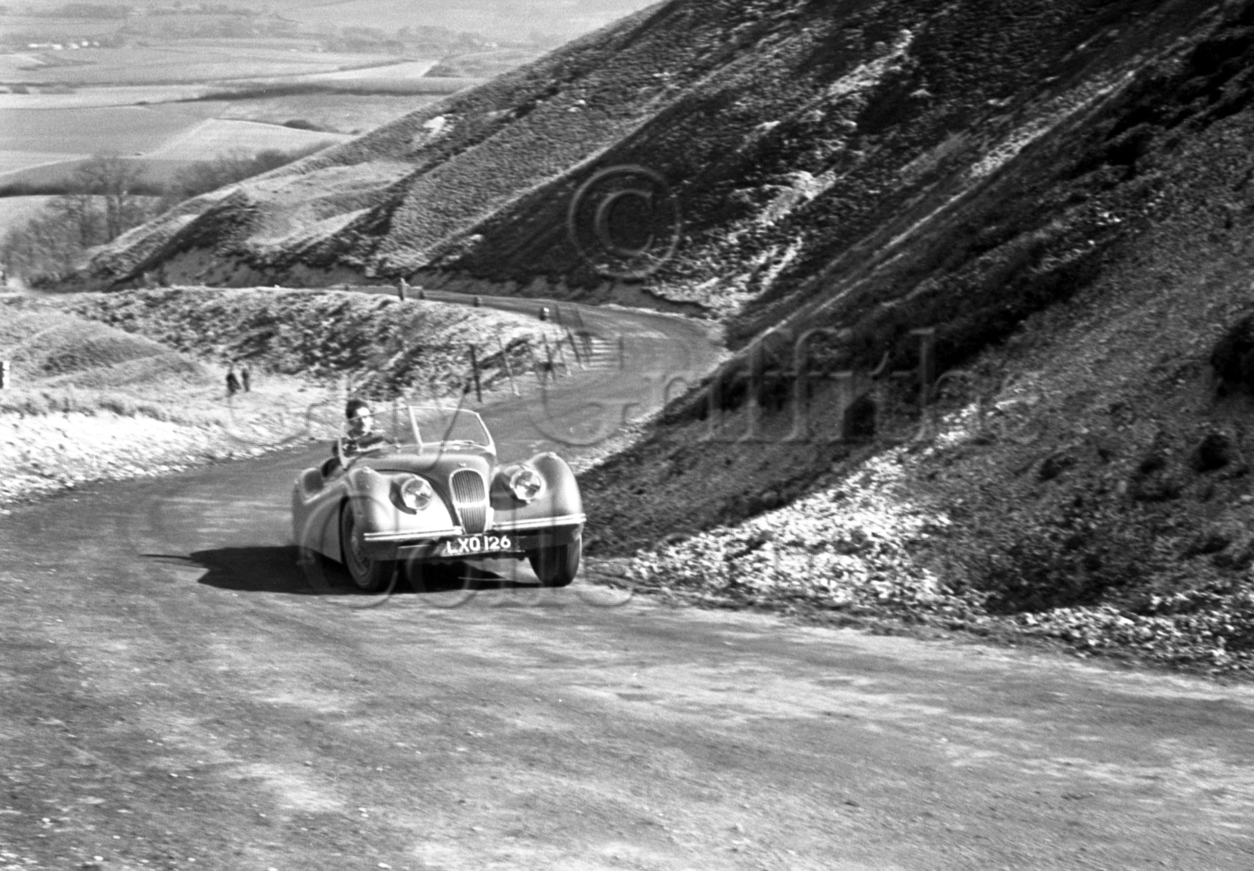 39-931–D-Pierpoint–Jaguar–Eastbourne–Rally–30-03-1951.jpg - Guy Griffiths Collection