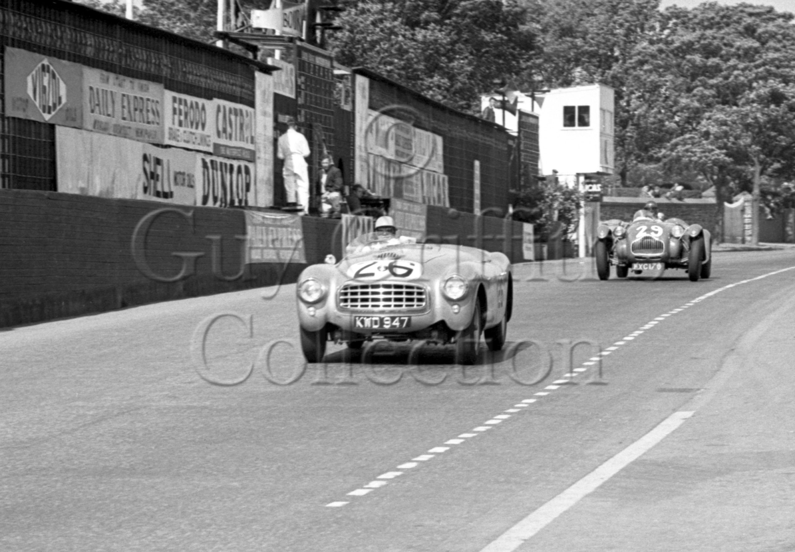 45-331–R-Parnell–Nash-Healey–Isle-of-Man–14-06-1951.jpg - Guy Griffiths Collection
