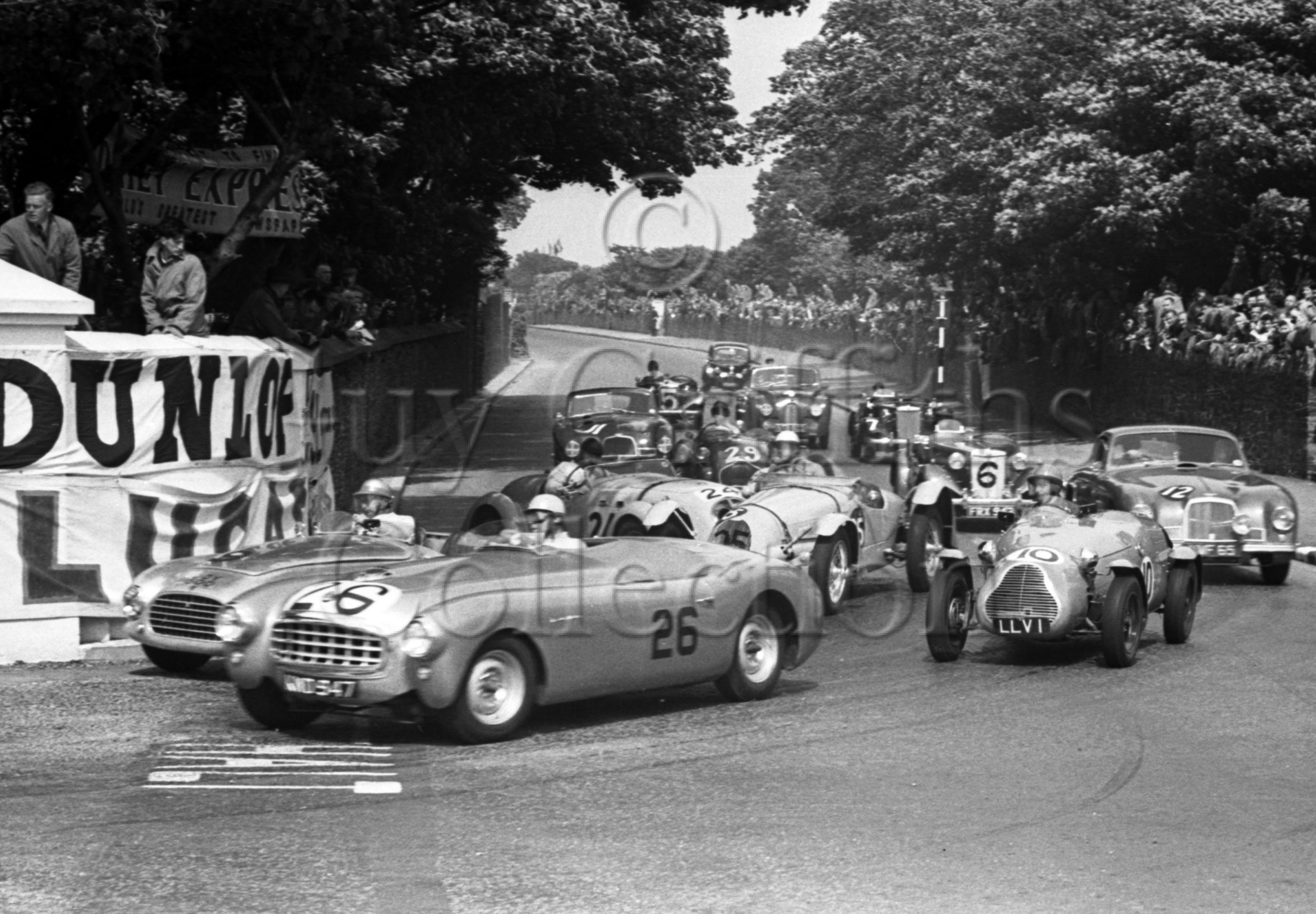 45-373–R-Parnell–Nash-Healey–Isle-of-Man–14-06-1951.jpg - Guy Griffiths Collection