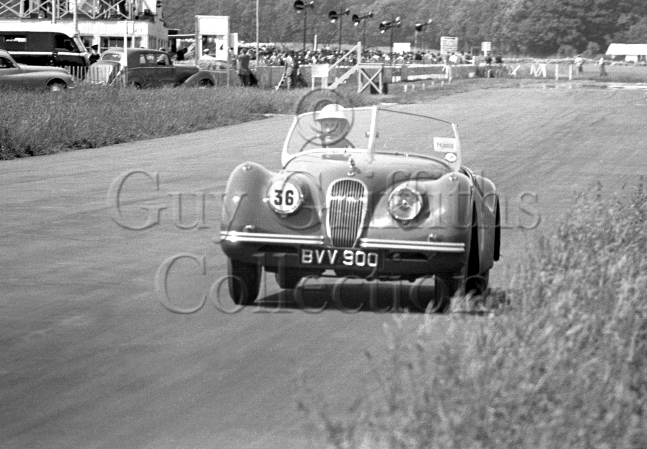 45-773–J-Sears–Jaguar–Goodwood–16-06-1951.jpg - Guy Griffiths Collection