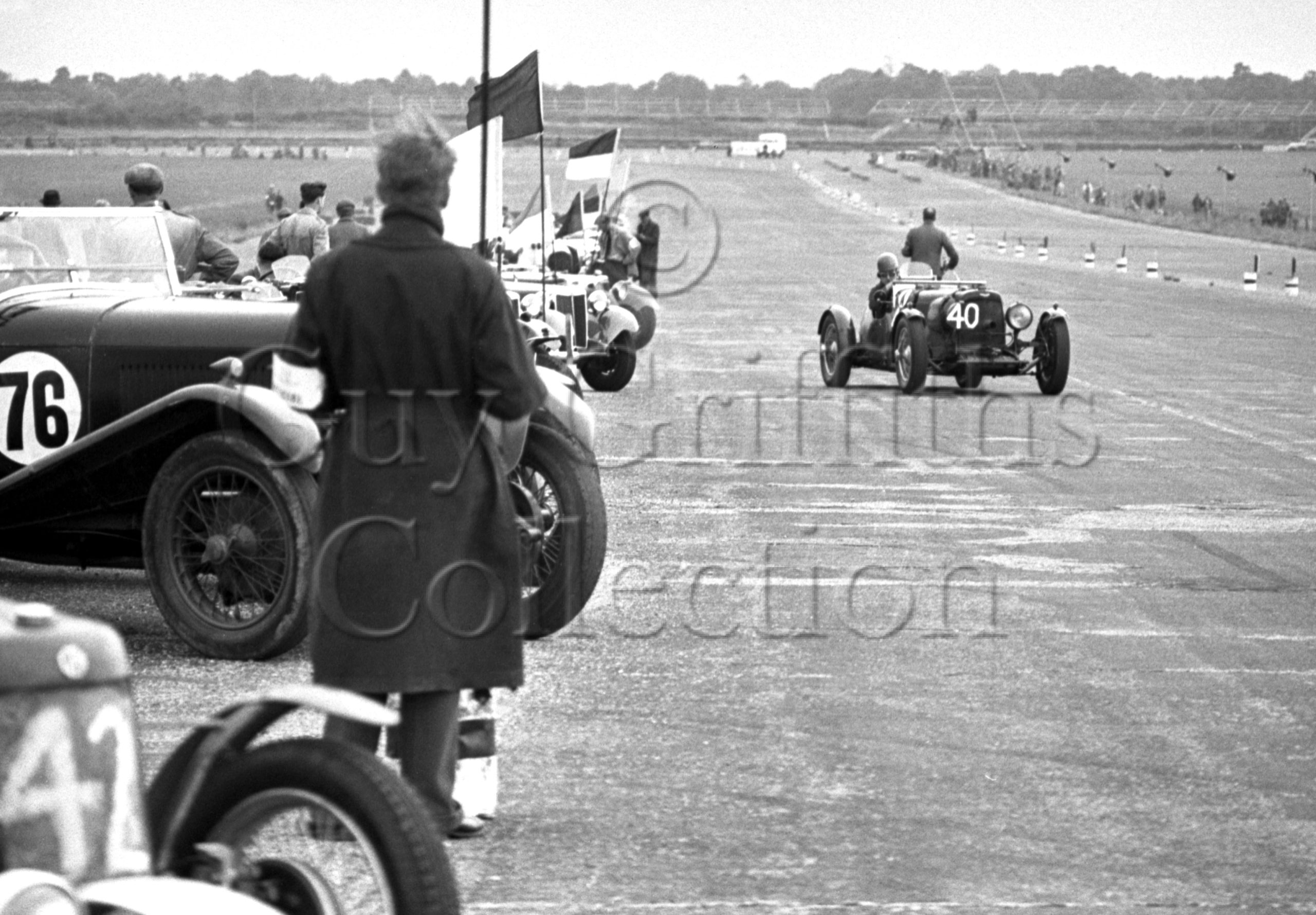 47-864–R-F-McNab-Meredith–Aston-Martin-CMC-614–Silverstone–28-07-1951.jpg - Guy Griffiths Collection