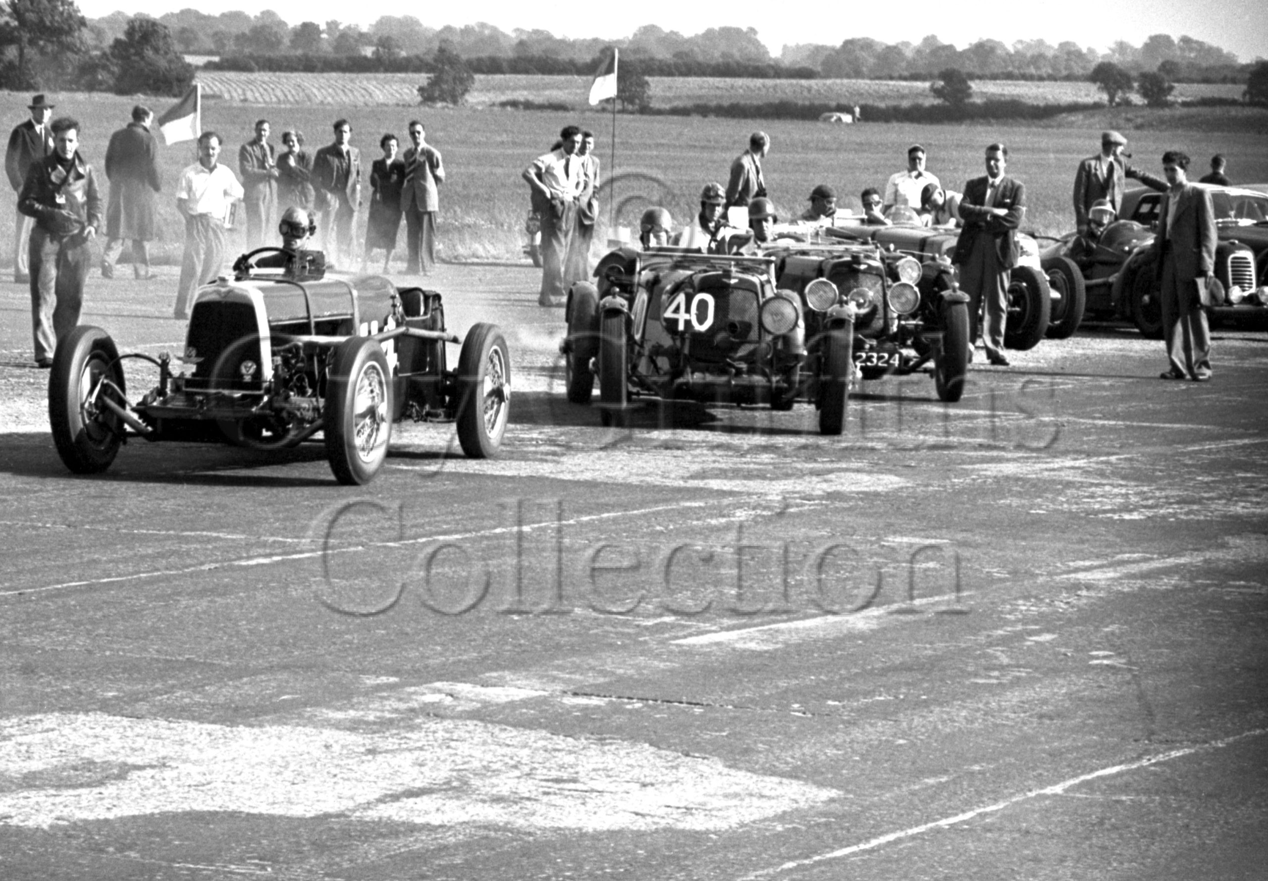 48-141–R-F-McNab-Meredith–Aston-Martin-CMC-614–Silverstone–28-07-1951.jpg - Guy Griffiths Collection