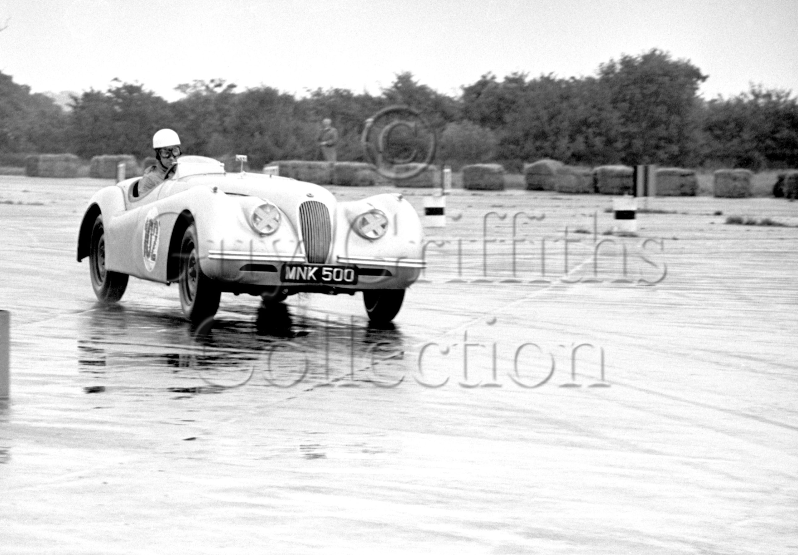 48-281–L-Wood–Jaguar-MNK-500–Silverstone–28-07-1951.jpg - Guy Griffiths Collection