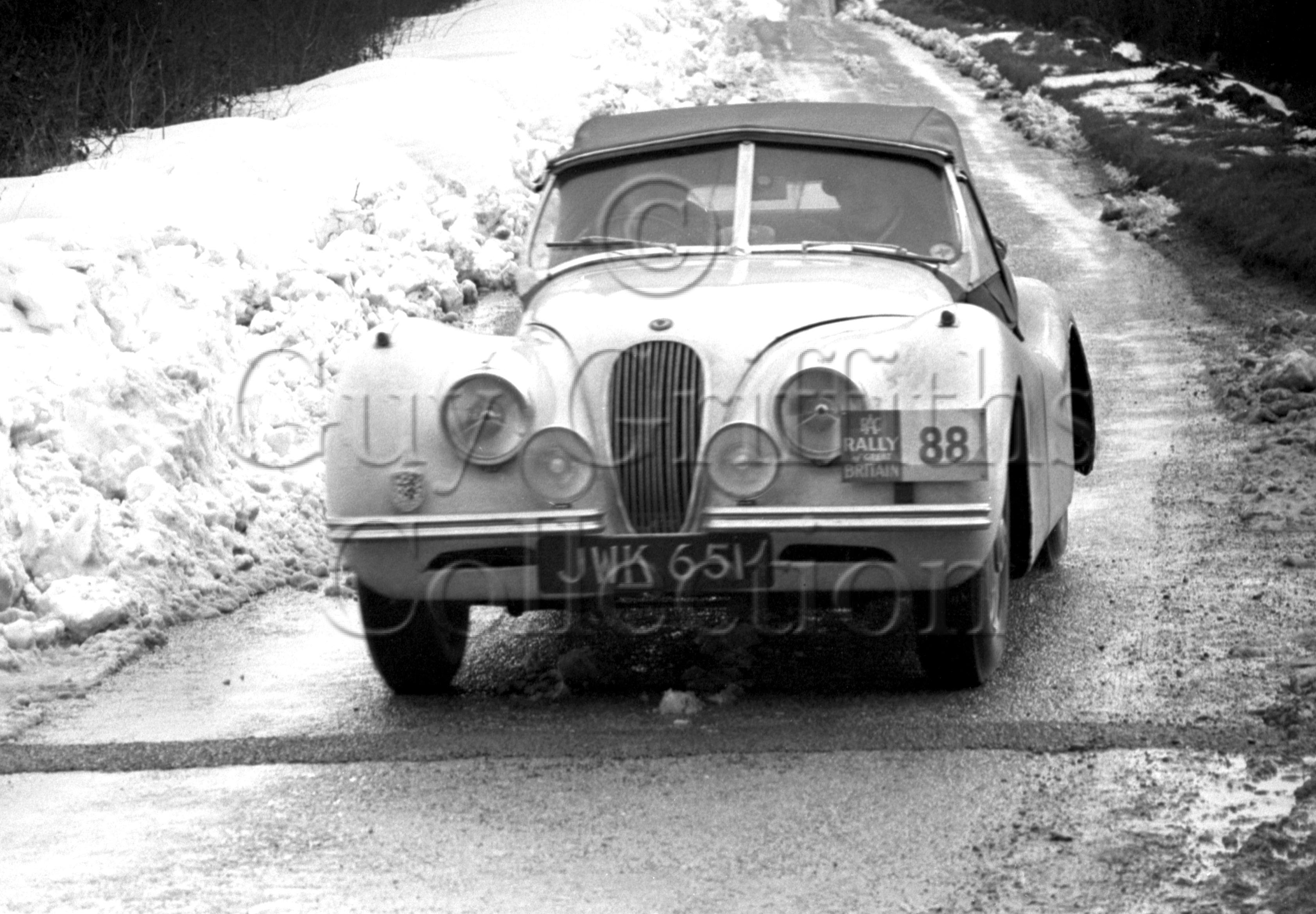 51-23–L-G-Johnson–Jaguar-XK-120–JWK-651–RAC-Rally–31-03-1952.jpg - Guy Griffiths Collection