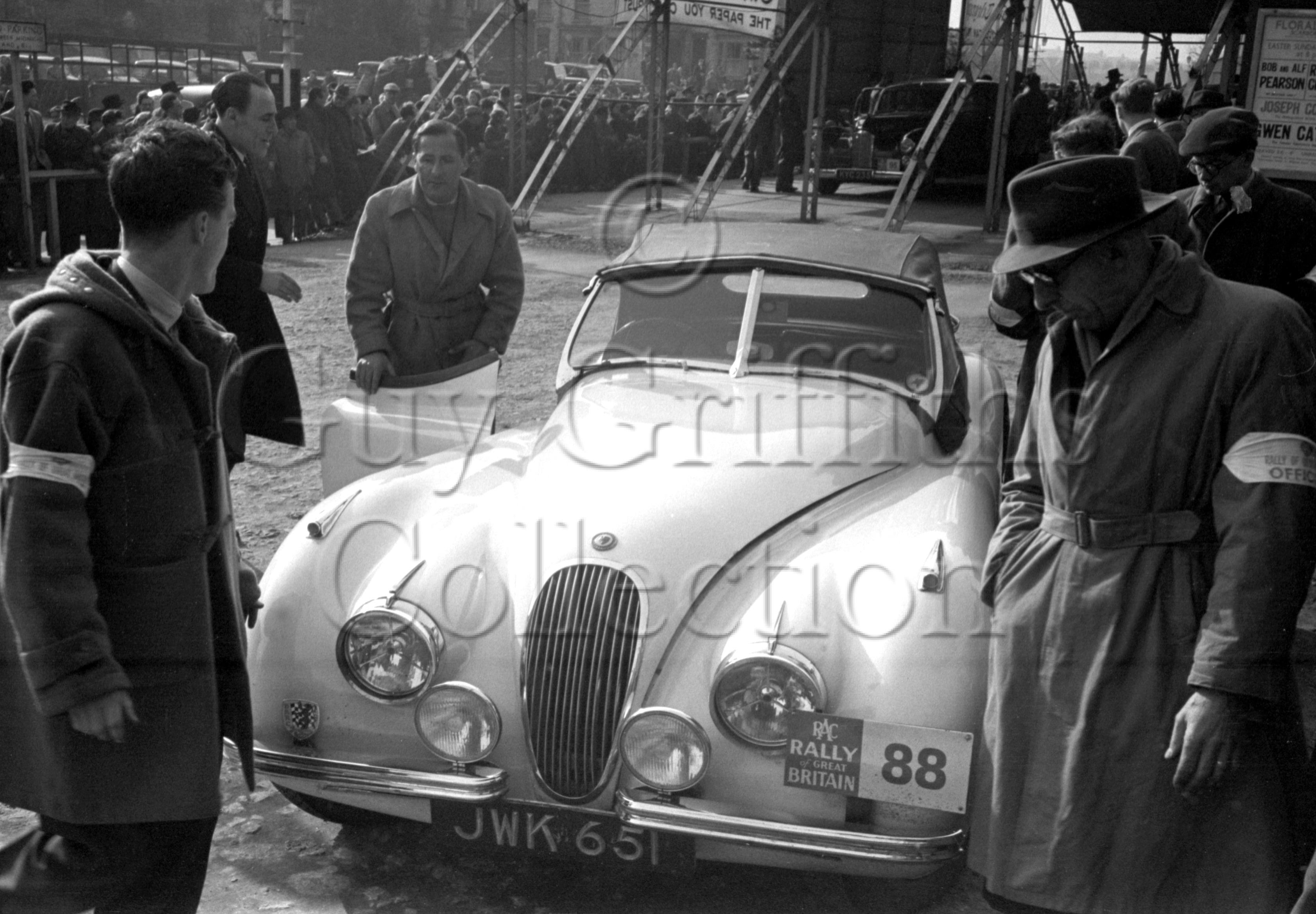 51-583–L-G-Johnson–Jaguar-XK-120-JWK-651–RAC-Rally–31-03-1952.jpg - Guy Griffiths Collection