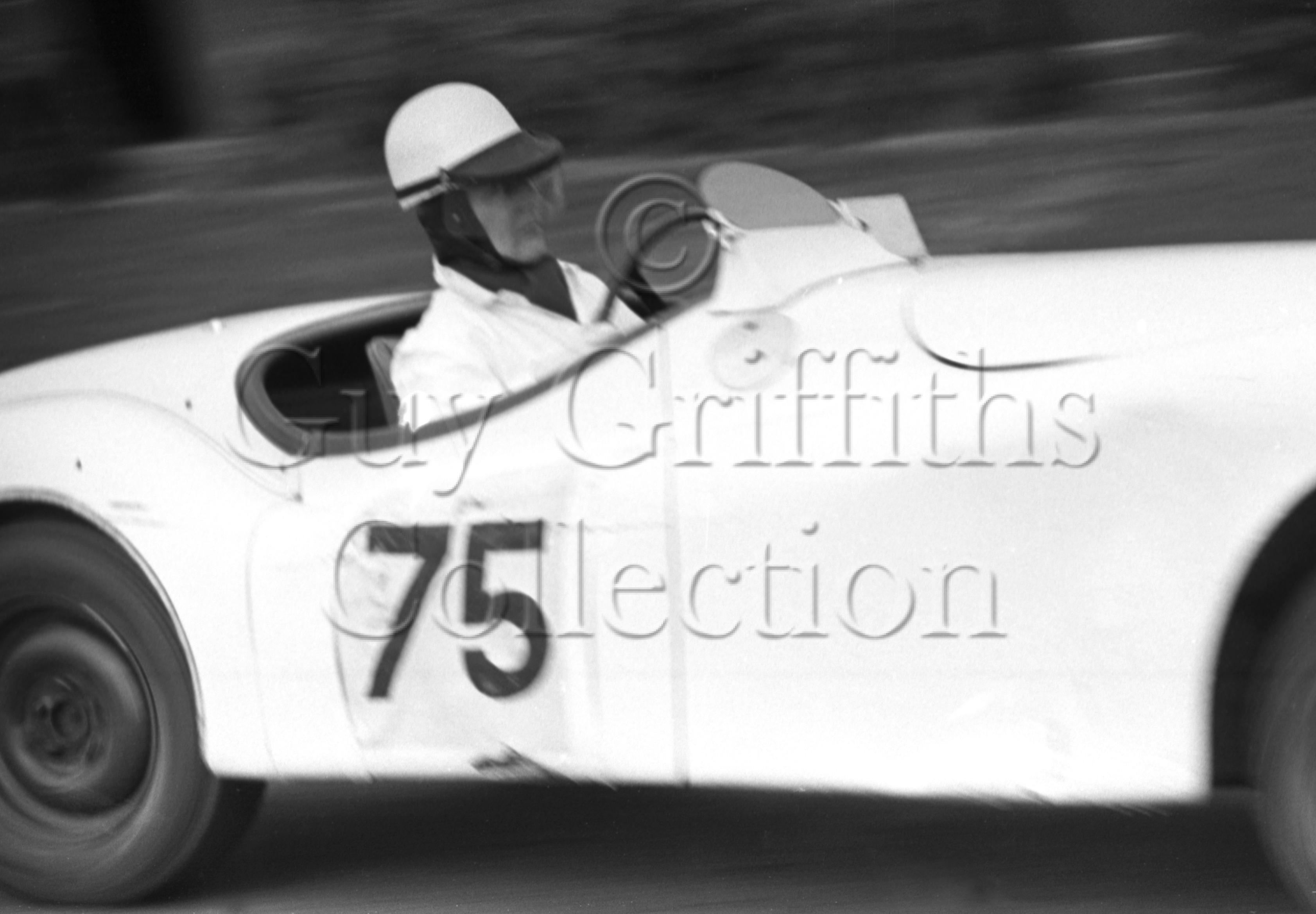 52-695–M-Head–Jaguar–Goodwood–14-04-1952.jpg - Guy Griffiths Collection