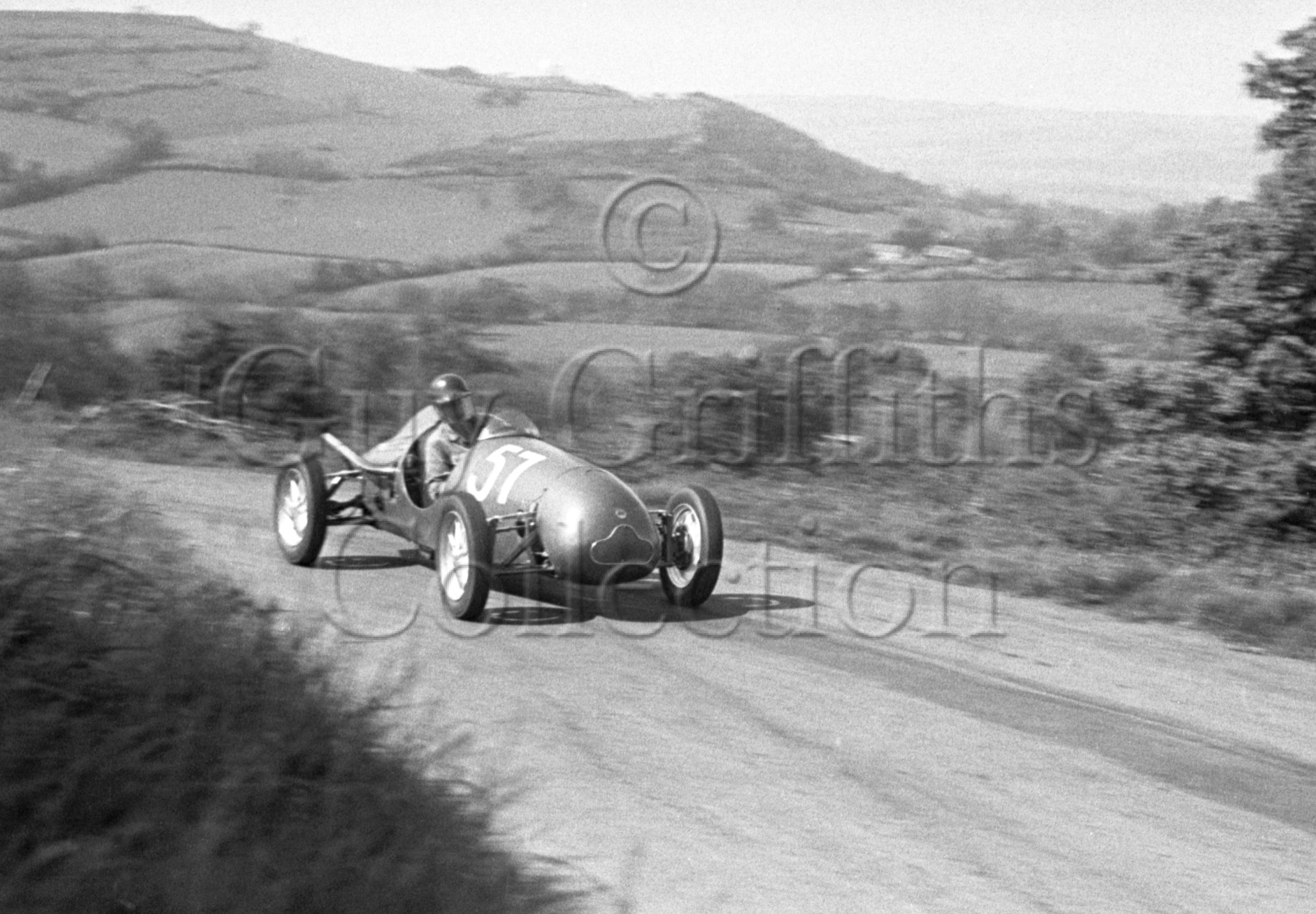 55-106–B-Haig–Cooper–Prescott–18-05-1952.jpg - Guy Griffiths Collection