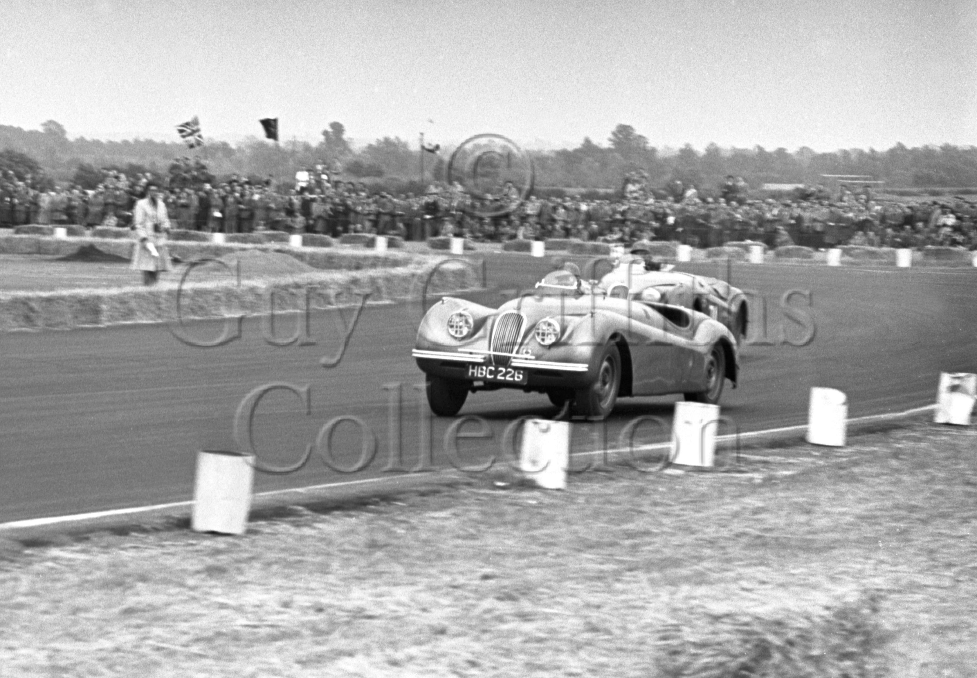 56-336–R-Salvadori–Jaguar–Boreham–21-06-1952.jpg - Guy Griffiths Collection