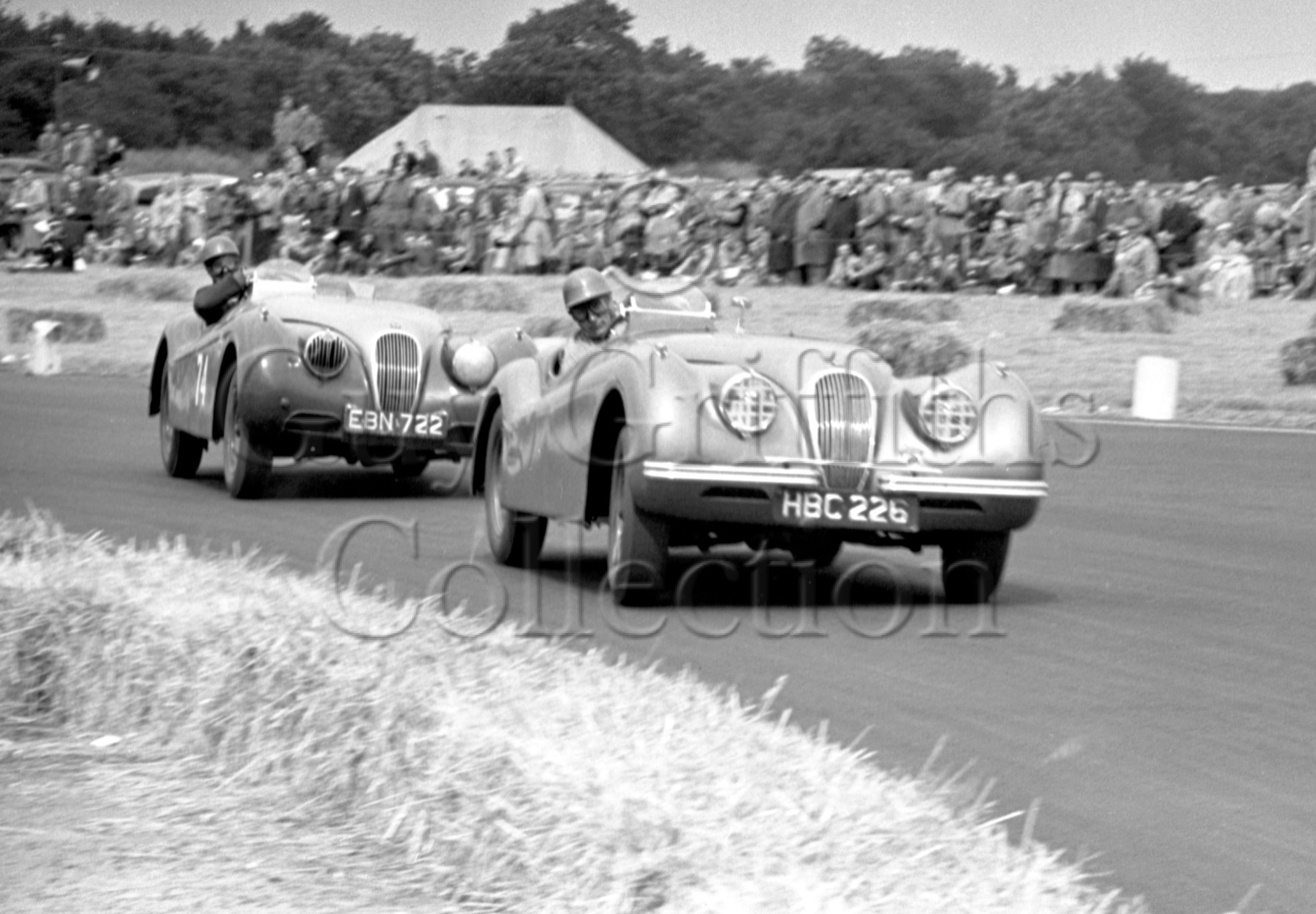 56-345–R-Salvadori–Jaguar–Boreham–21-06-1952.jpg - Guy Griffiths Collection
