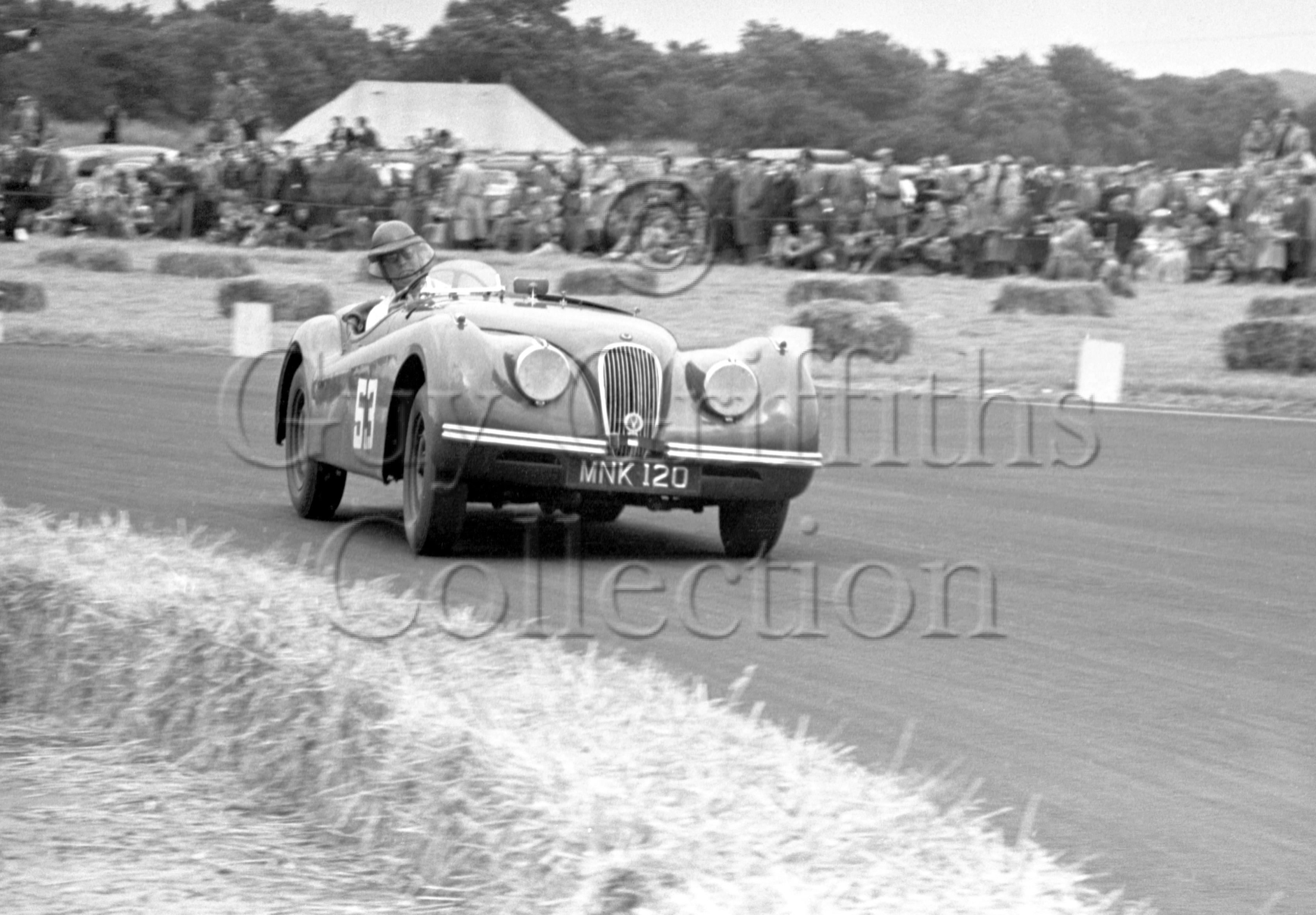 56-352–D-Russell–Jaguar–Boreham–21-06-1952.jpg - Guy Griffiths Collection