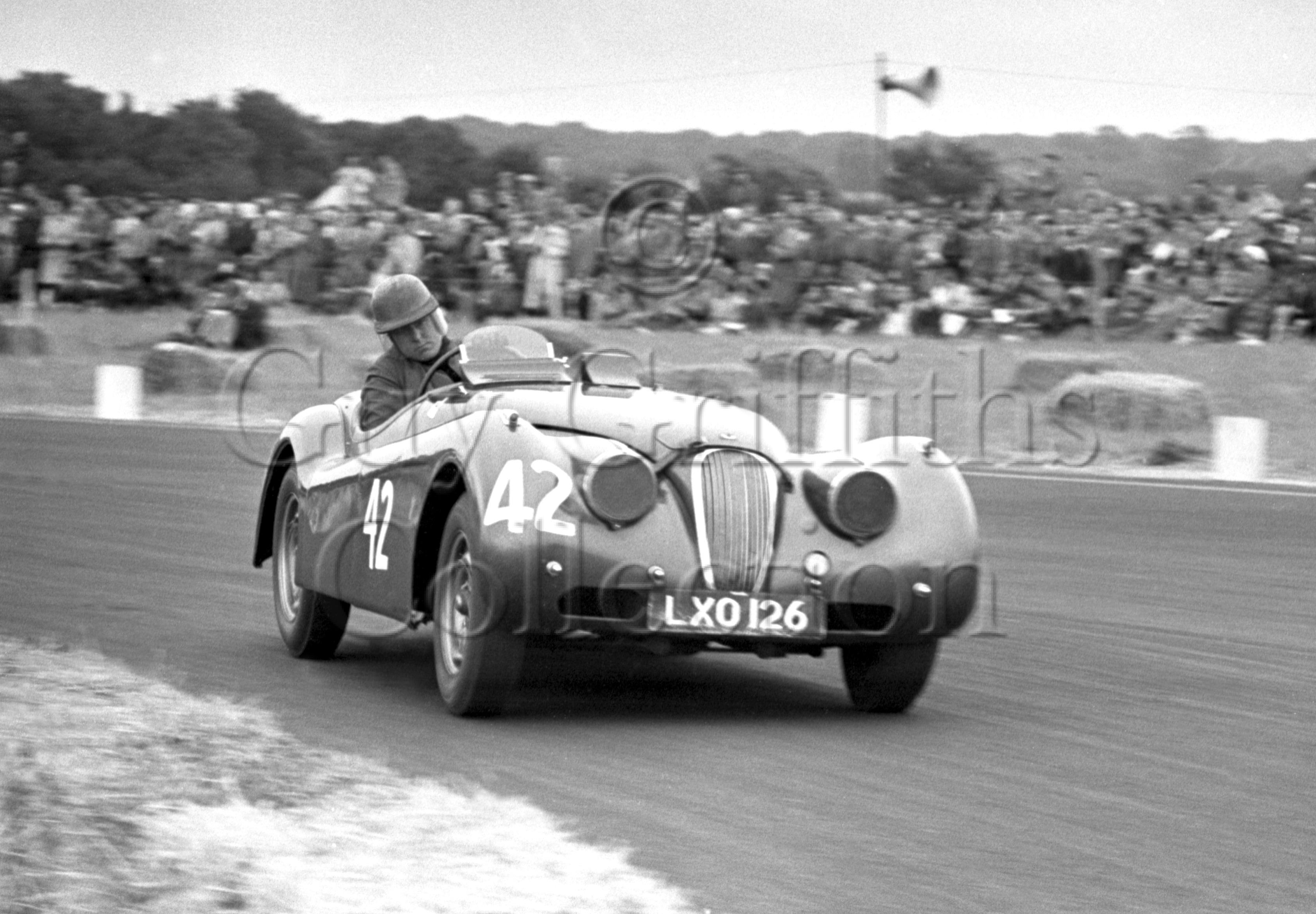 59-362–J-L-M-Scott-Douglas–Jaguar-XK-120-LXO-126–Boreham–02-08-1952.jpg - Guy Griffiths Collection