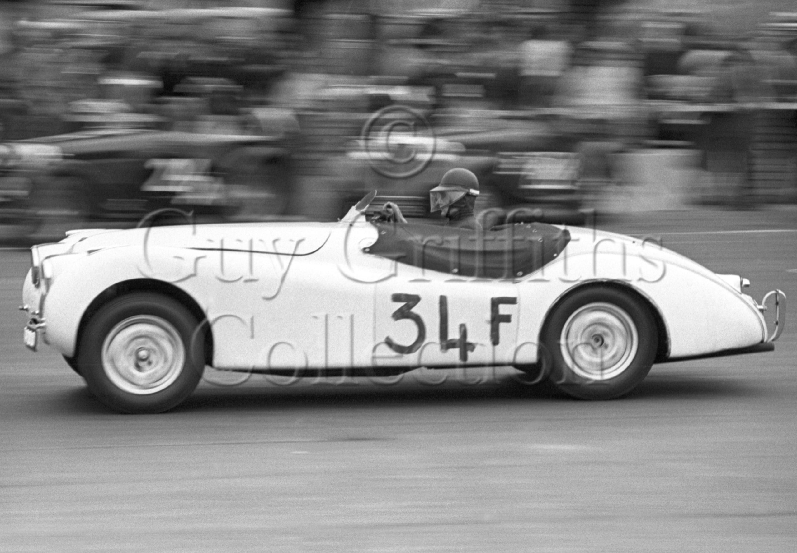 60-145–M-Head–Jaguar–Silverstone–30-08-1952.jpg - Guy Griffiths Collection