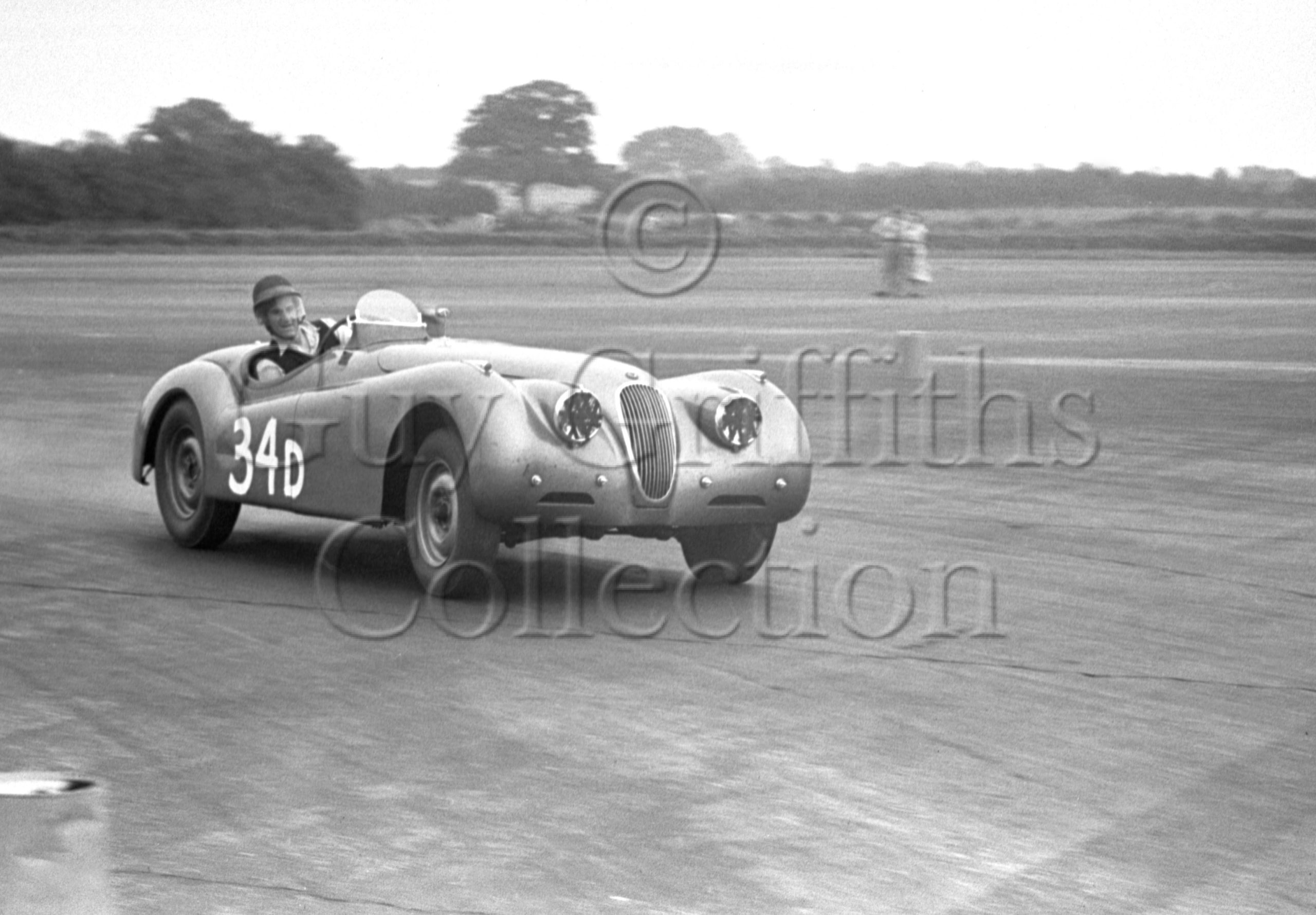 60-506–P-Blond–Jaguar–Silverstone–30-08-1952.jpg - Guy Griffiths Collection