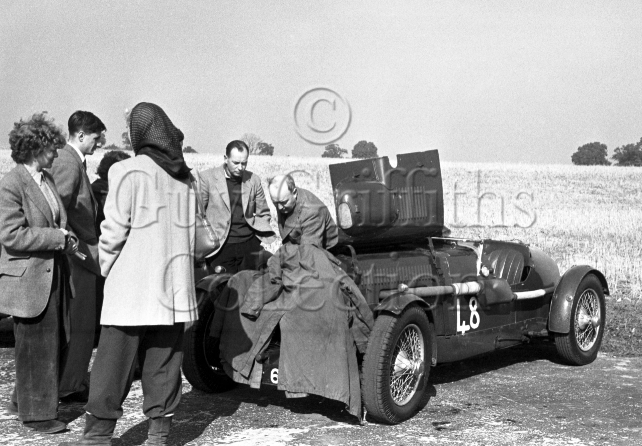 61-934–R-F-McNab-Meredith–Aston-Martin-CMC-614–Snetterton–20-09-1952.jpg - Guy Griffiths Collection