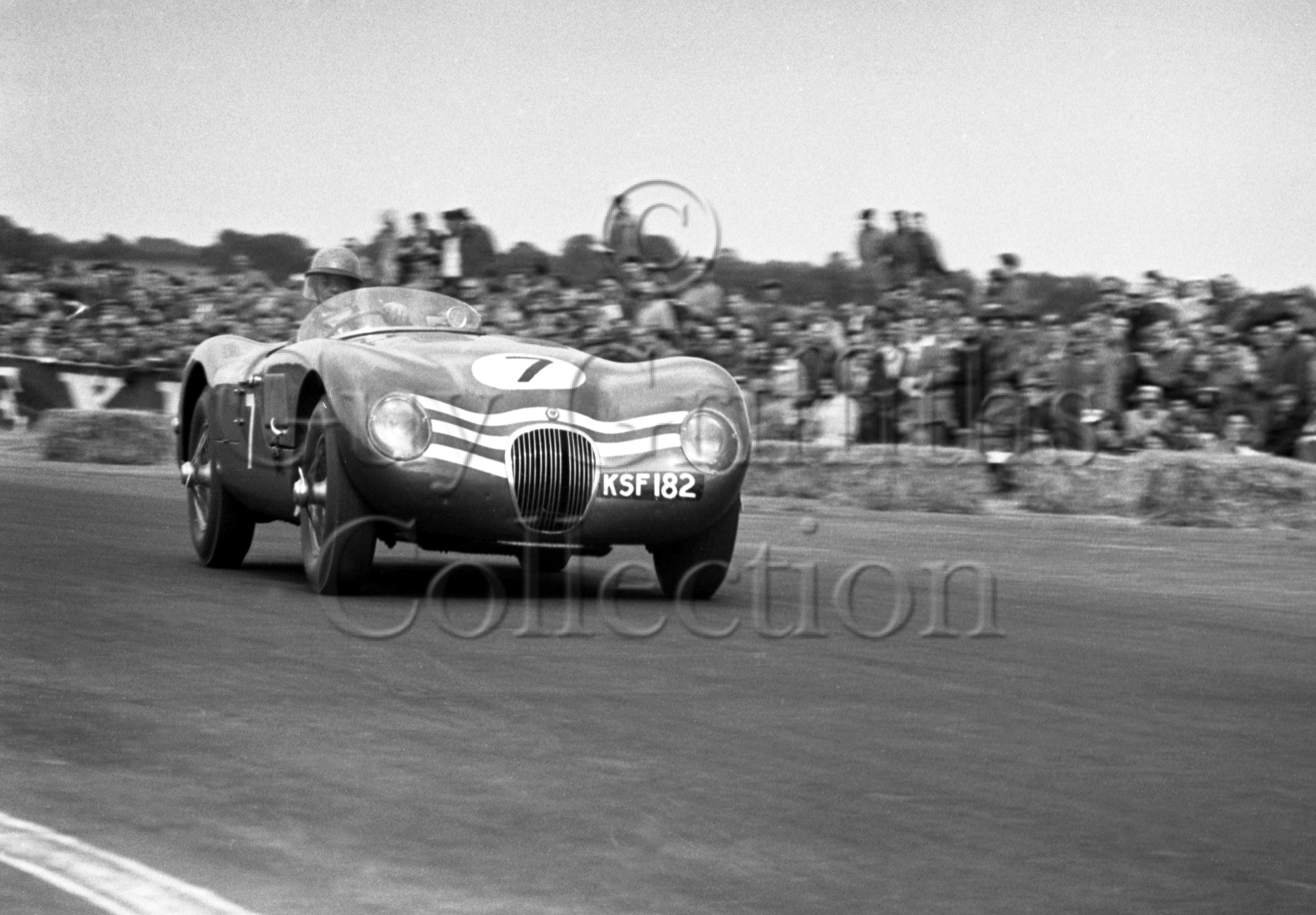 74-101–N-Sanderson–Jaguar-C-Type-KSF182—Silverstone–18-07-1953.jpg - Guy Griffiths Collection