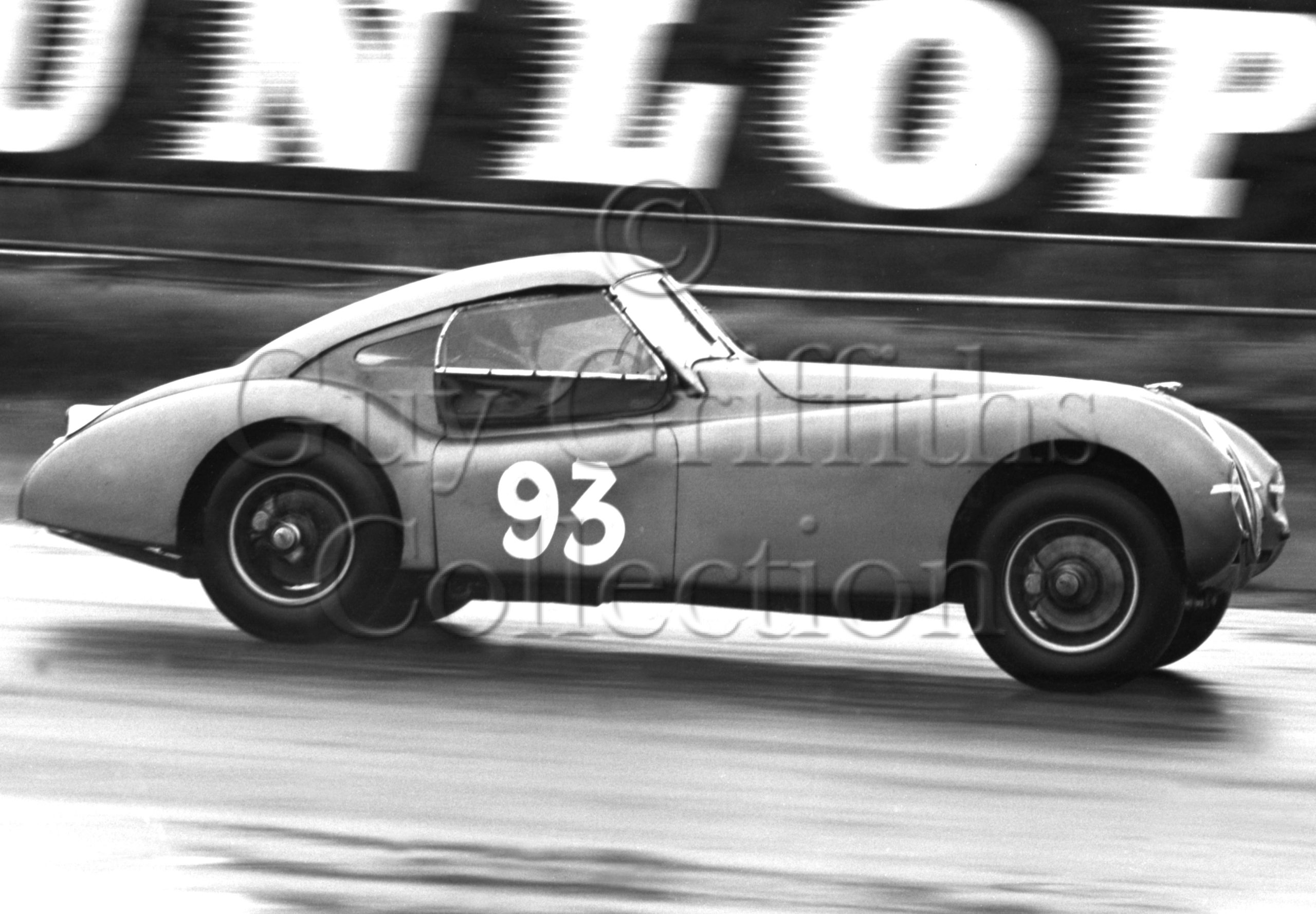 78-152–W-Llewellyn–Jaguar-XK-120-TAL-81–Silverstone–07-09-1963.jpg - Guy Griffiths Collection