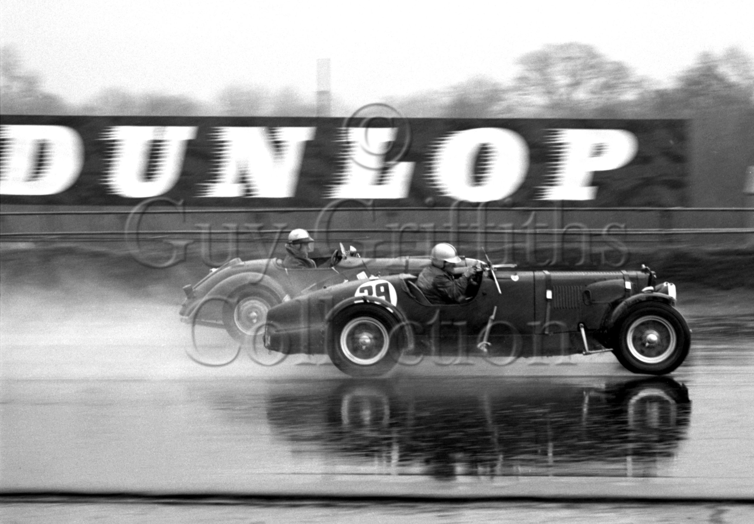 80-783–D-Edwards–Aston-Martin-CMC-614–Silverstone—21-03-1964.jpg - Guy Griffiths Collection
