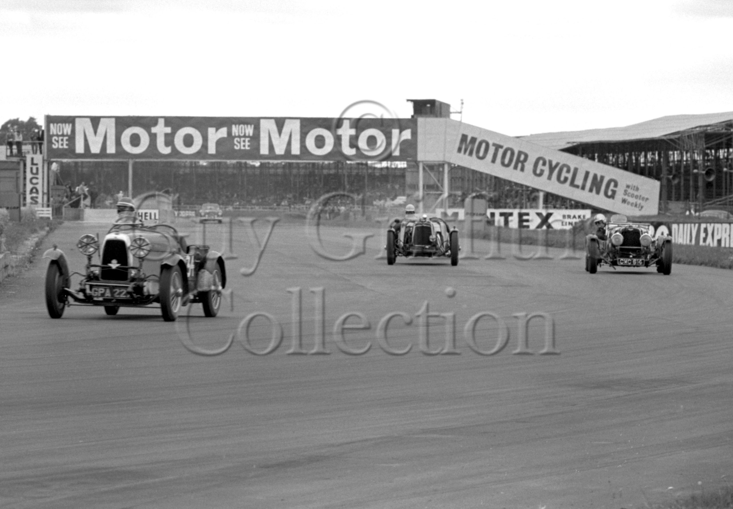 85-344–D-Edwards–Aston-Martin-CMC-614–Silverstone–01-08-1964.jpg - Guy Griffiths Collection