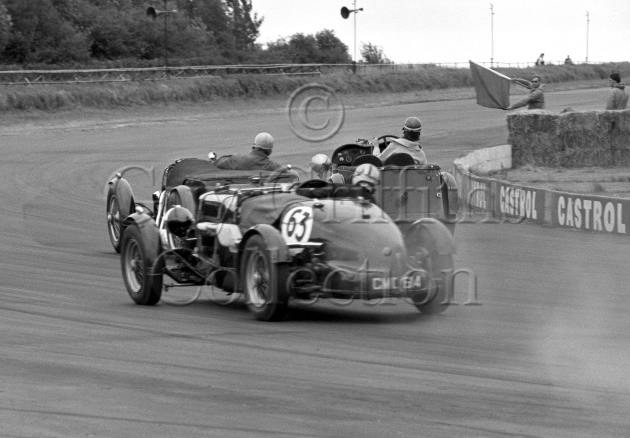 85-351–D-Edwards–Aston-Martin-CMC-614–Silverstone–01-08-1964.jpg - Guy Griffiths Collection