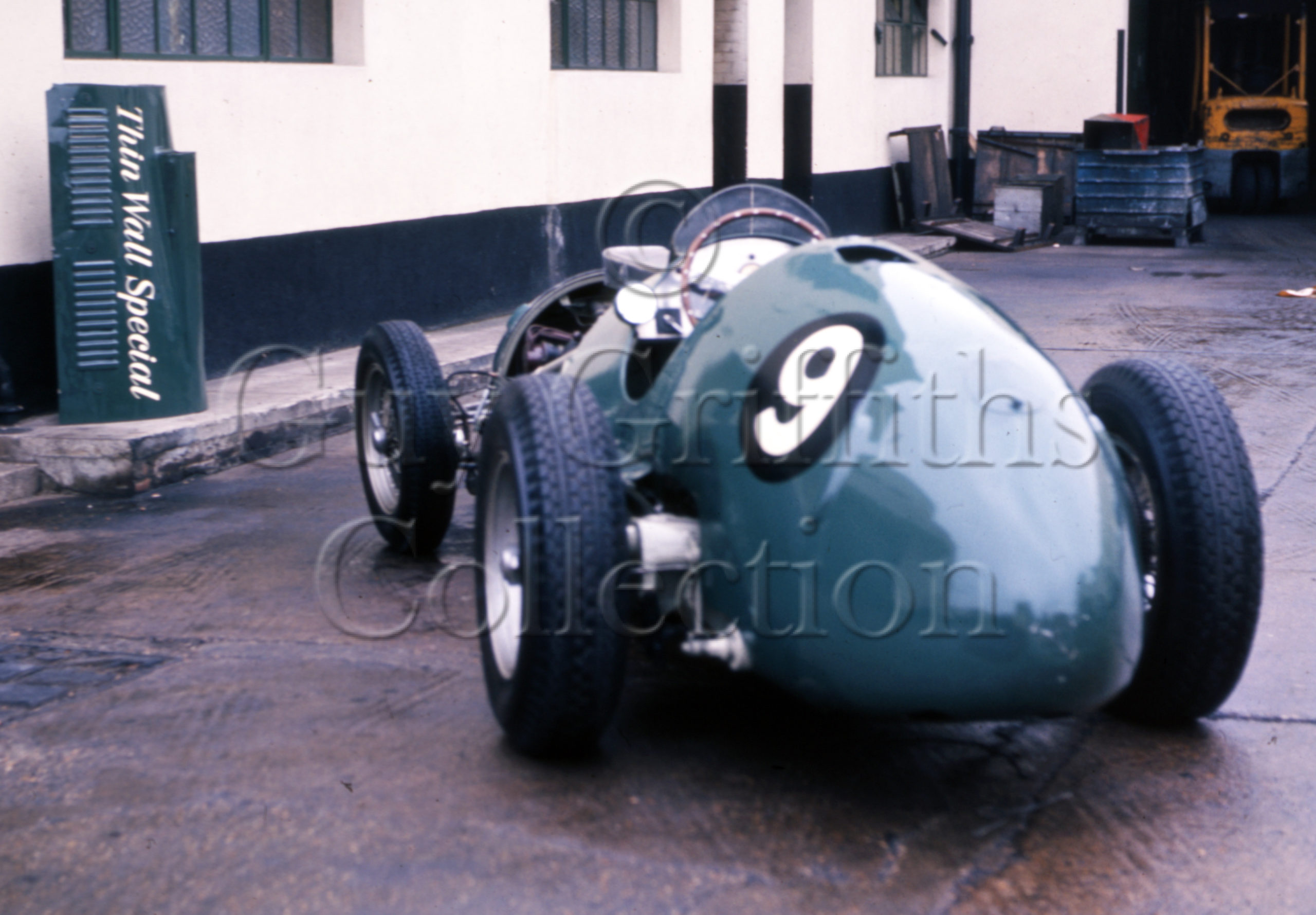 C-8-103–Thin-Wall-Special–Vanwall-factory–20-11-1968.jpg - Guy Griffiths Collection