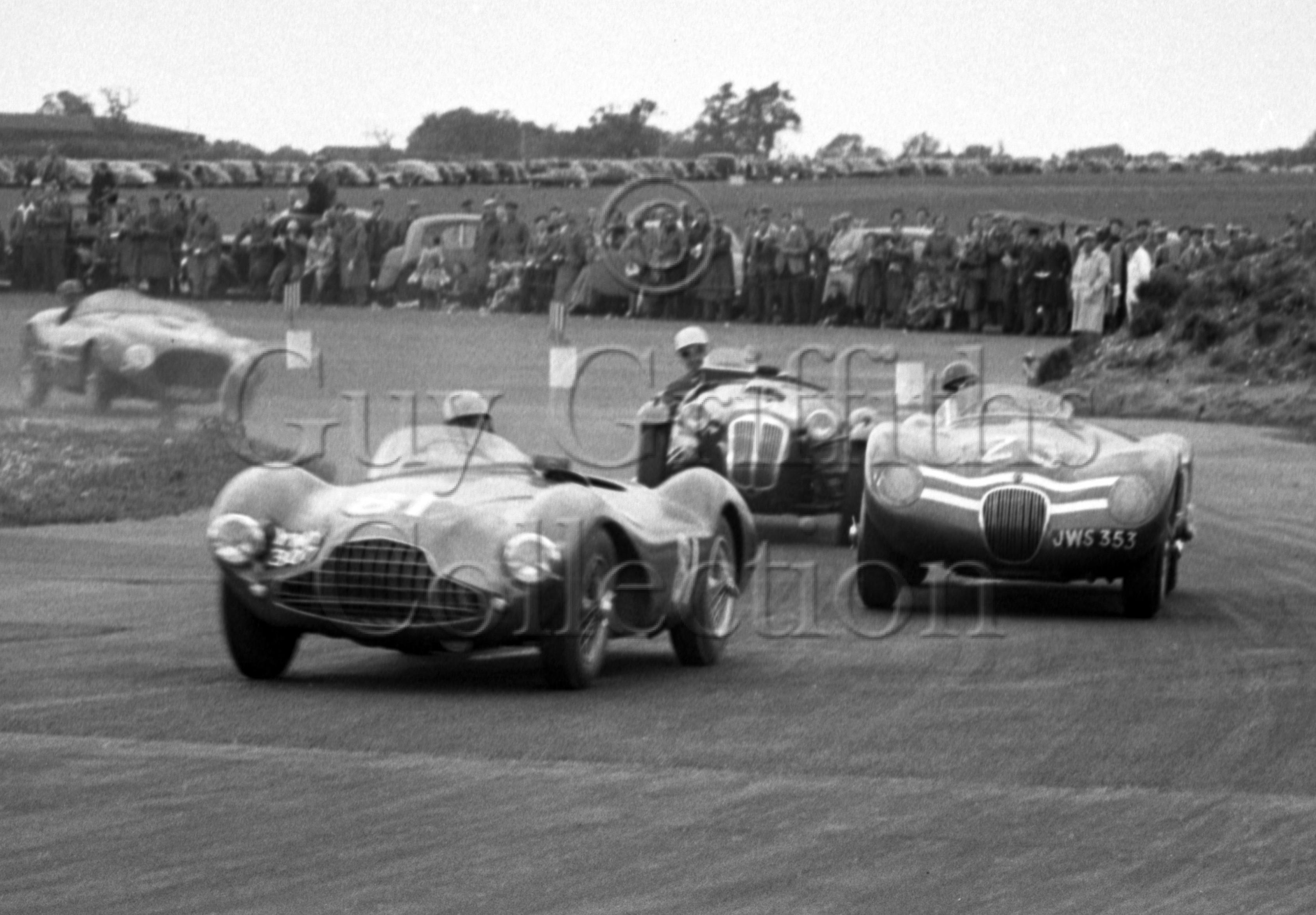 70-794–J-R-Stewart–Ecurie-Ecosse-Jaguar-C-Type-JWS-353–No-23–Snetterton–30-05-1953.jpg - Guy Griffiths Collection