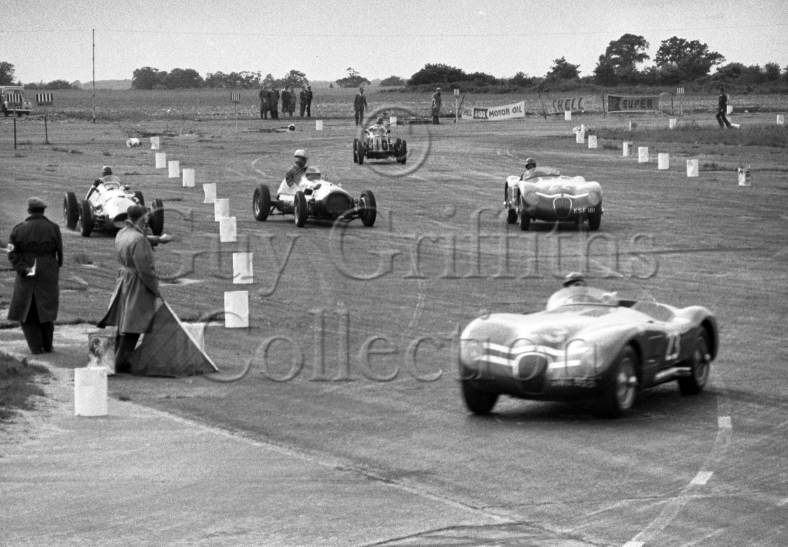 70-852–J-R-Stewart–Ecurie-Ecosse-Jaguar-C-Type-JWS-353–No-23–Snetterton–30-05-1953.jpg - Guy Griffiths Collection