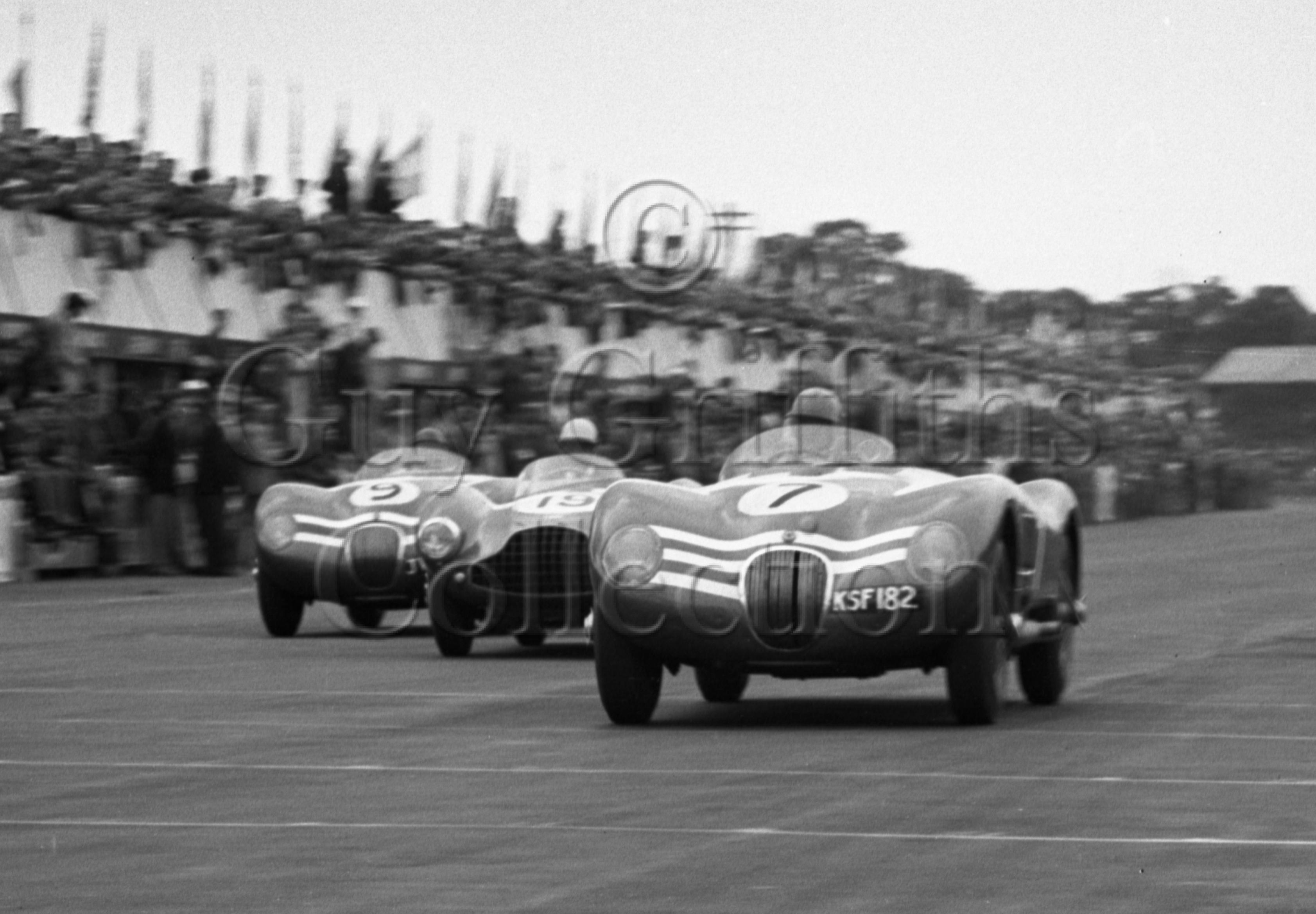 74-53–N-Sanderson–Ecurie-Ecosse-Jaguar-C-Type-KSF-182–Silverstone–18-07-1953.jpg - Guy Griffiths Collection