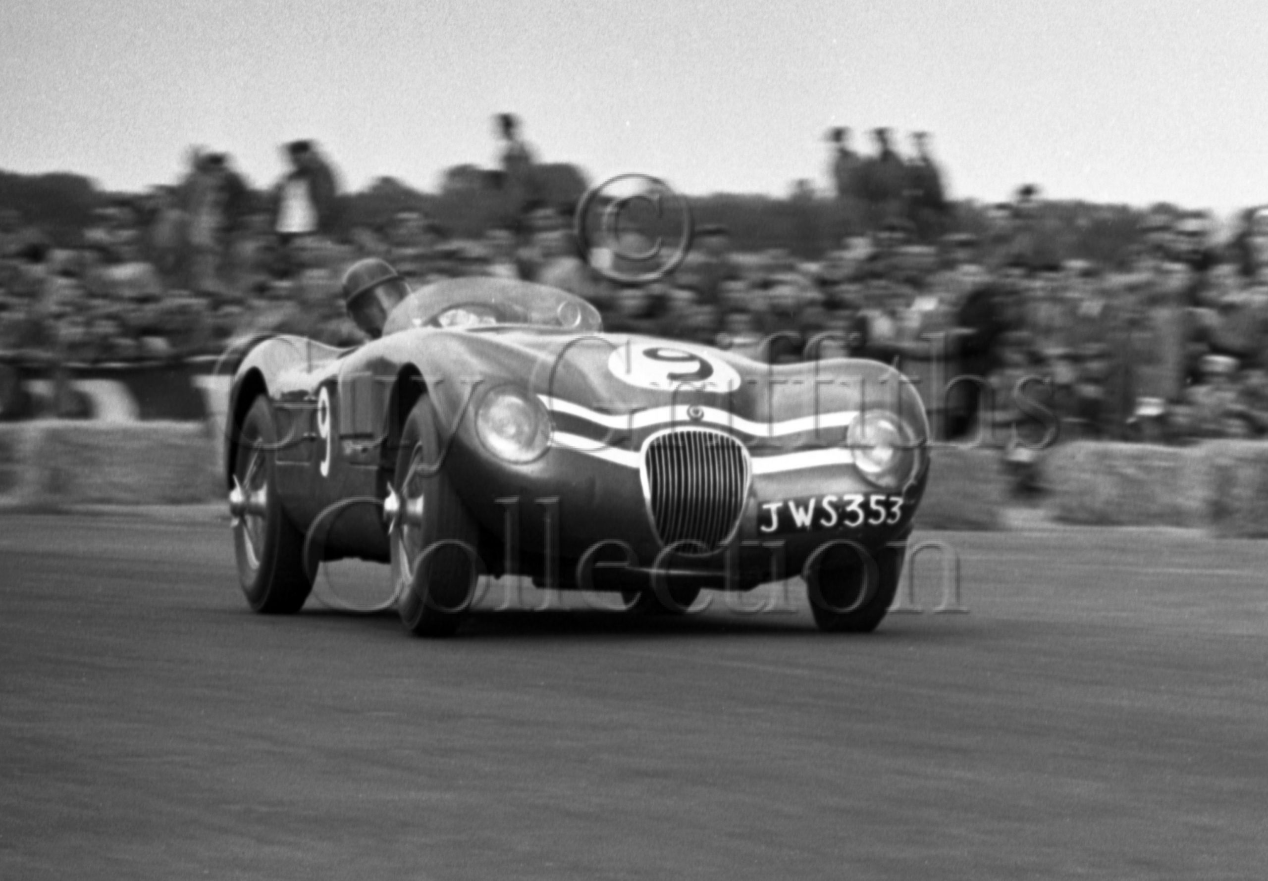 74-83–J-R-Stewart–Ecurie-Ecosse-Jaguar-C-Type-JWS-353–No-9–Silverstone–18-07-1953.jpg - Guy Griffiths Collection