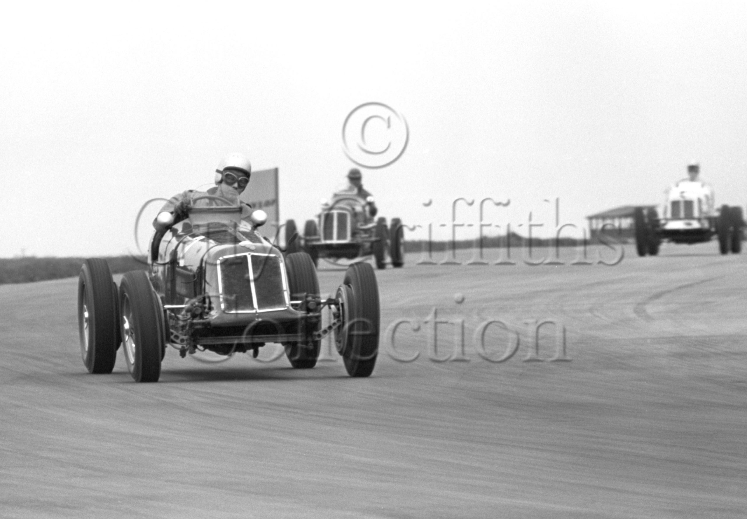 81-843–S-Day–ERA–Silverstone–18-04-1964.jpg - Guy Griffiths Collection